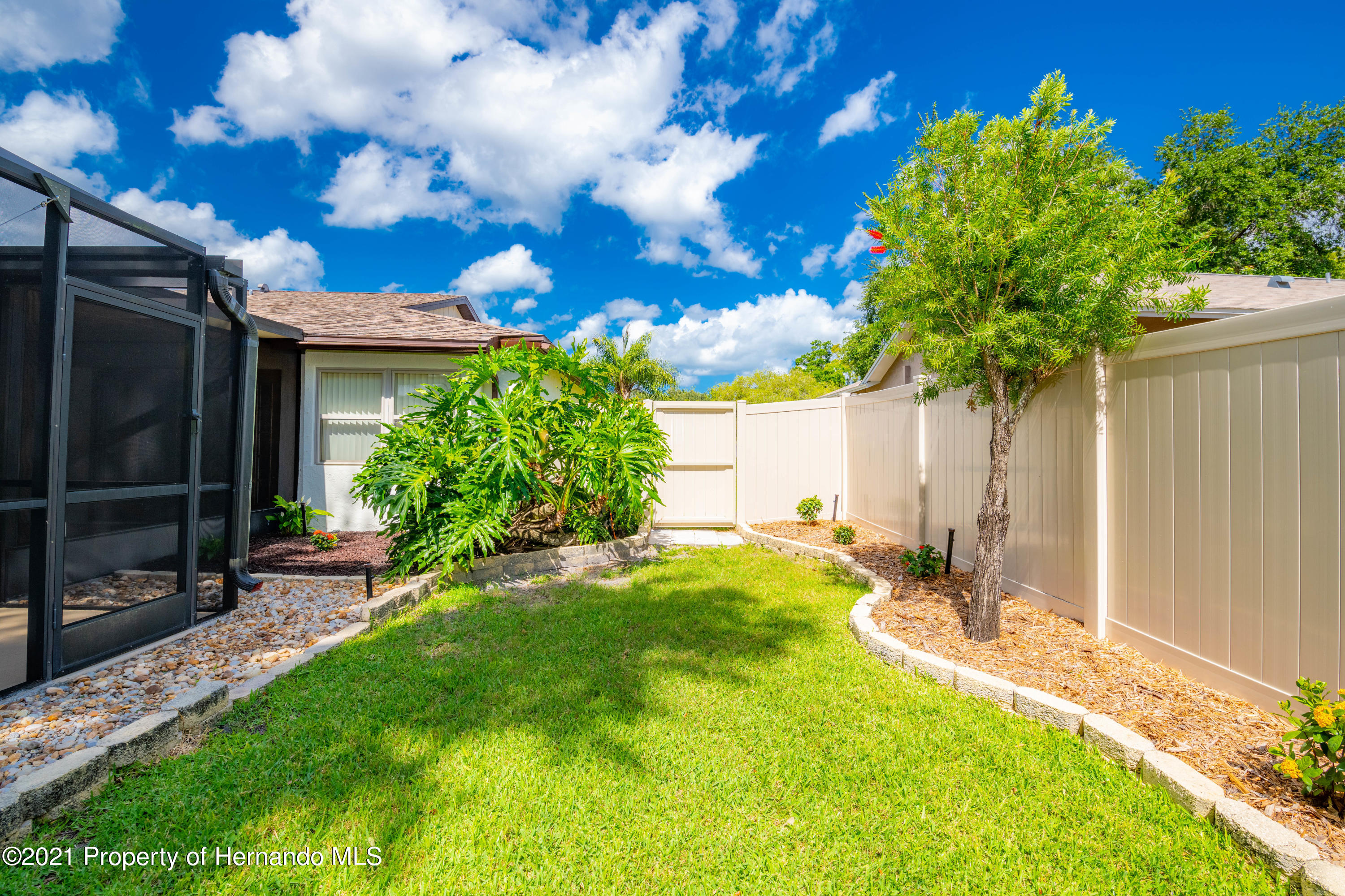 Image 9 For 733 Harbor Way