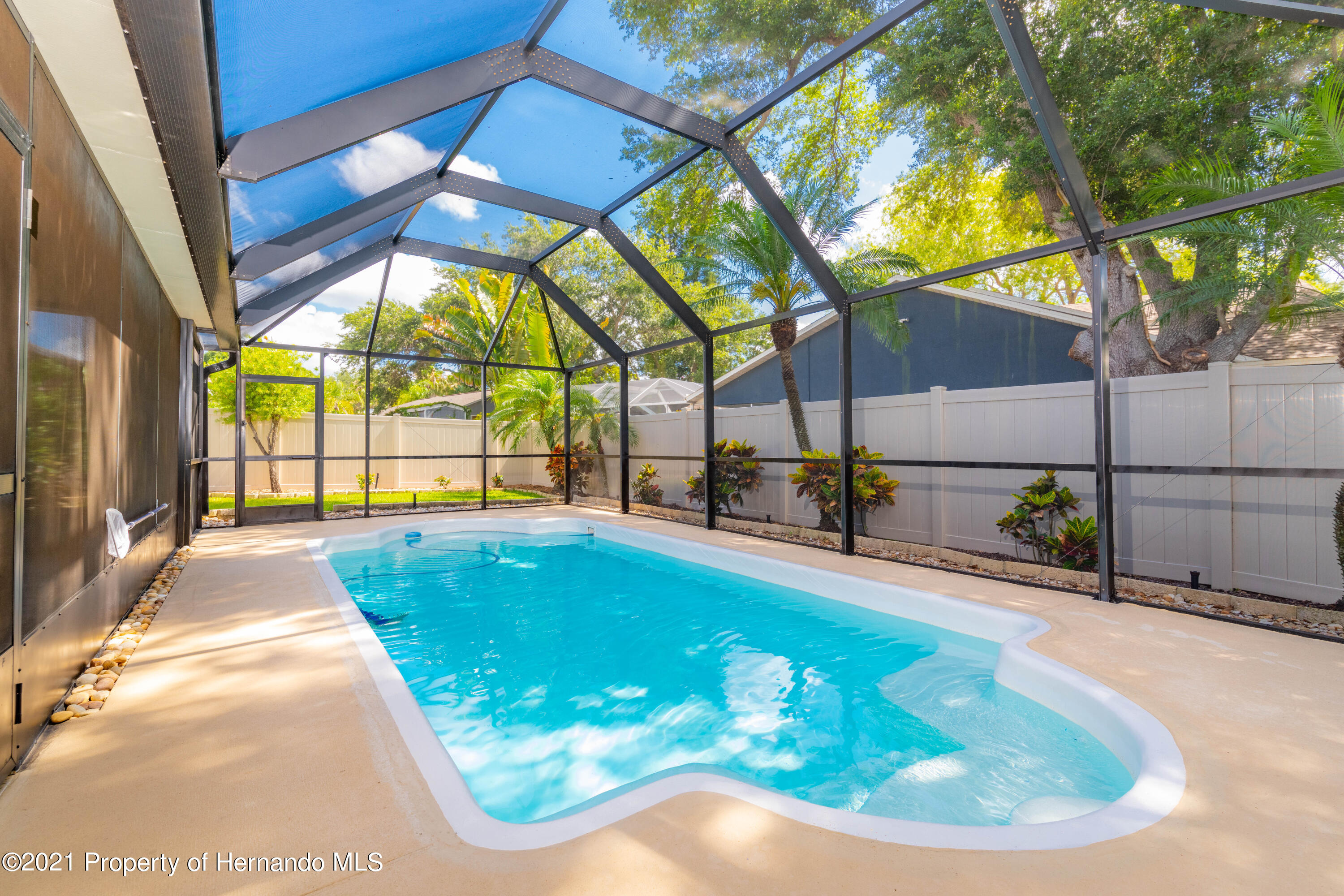 Image 11 For 733 Harbor Way