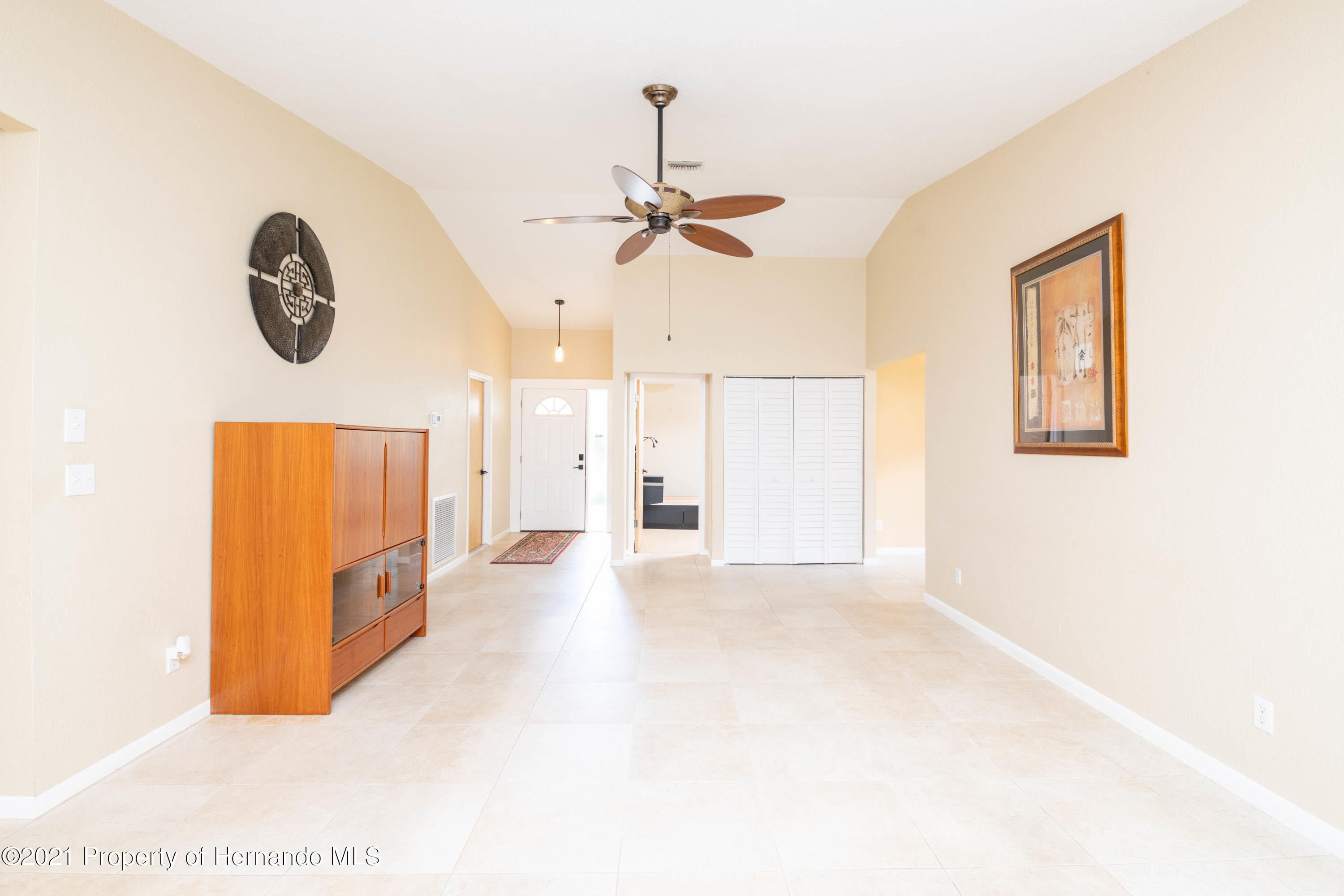 Image 18 For 733 Harbor Way