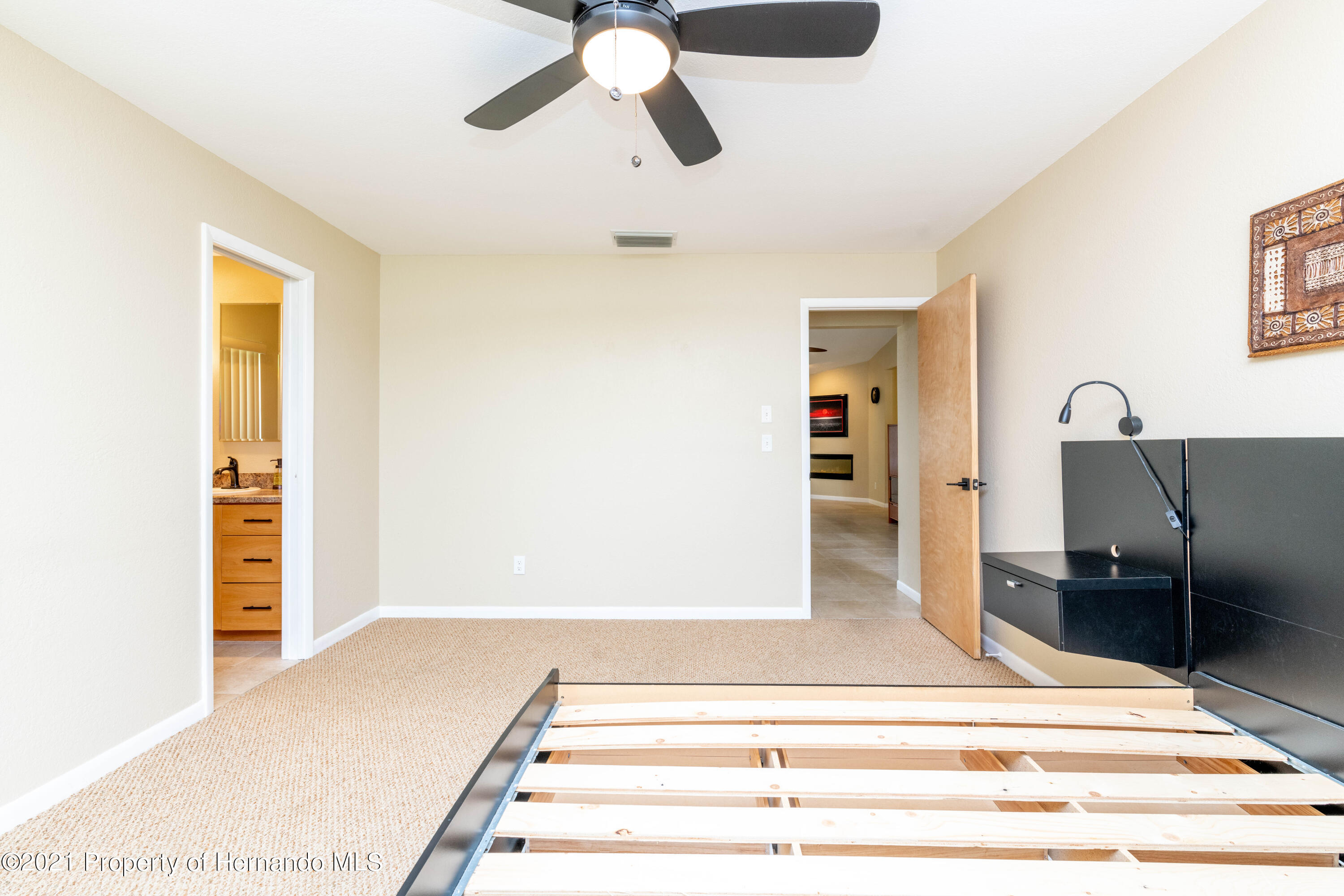 Image 31 For 733 Harbor Way