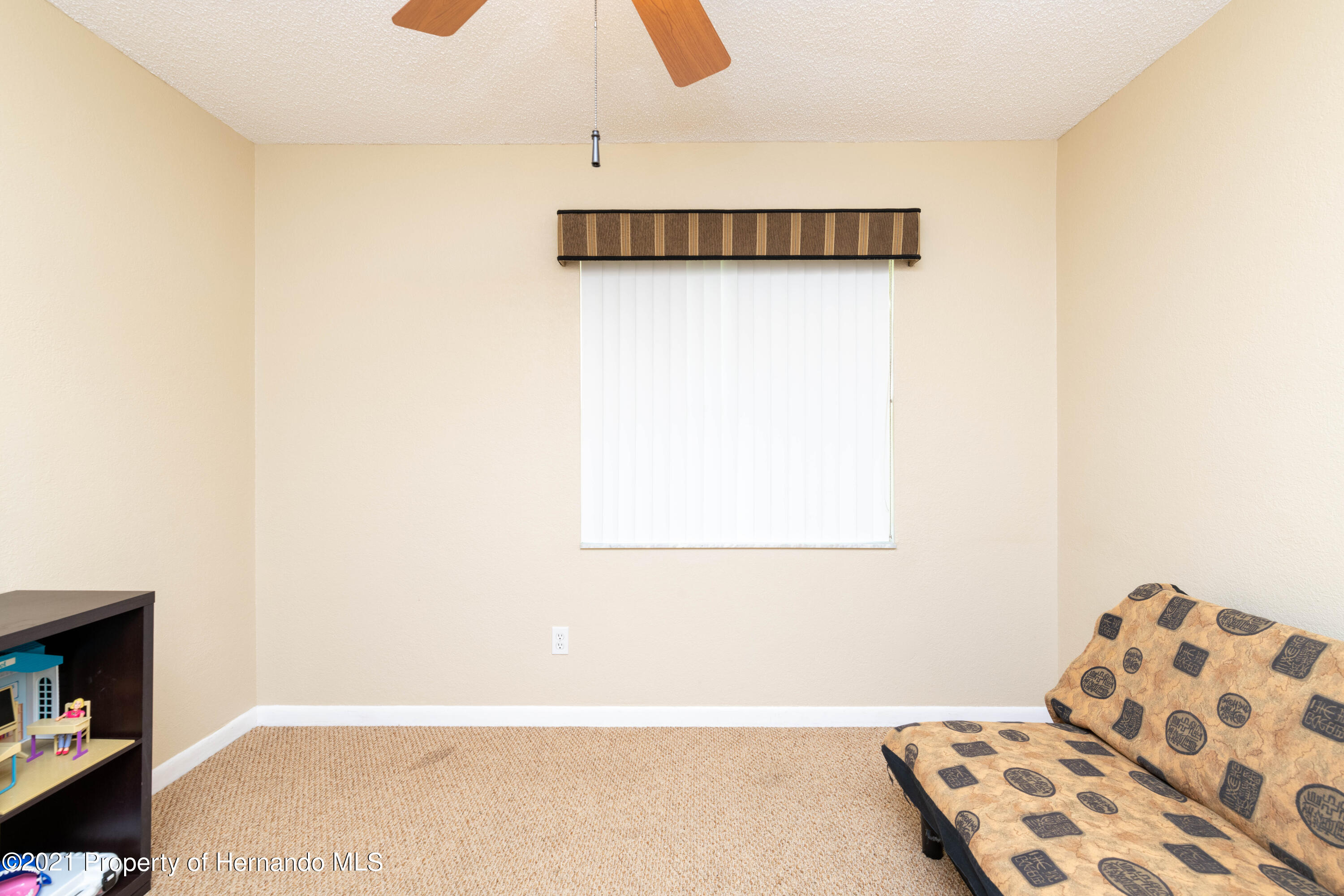 Image 39 For 733 Harbor Way