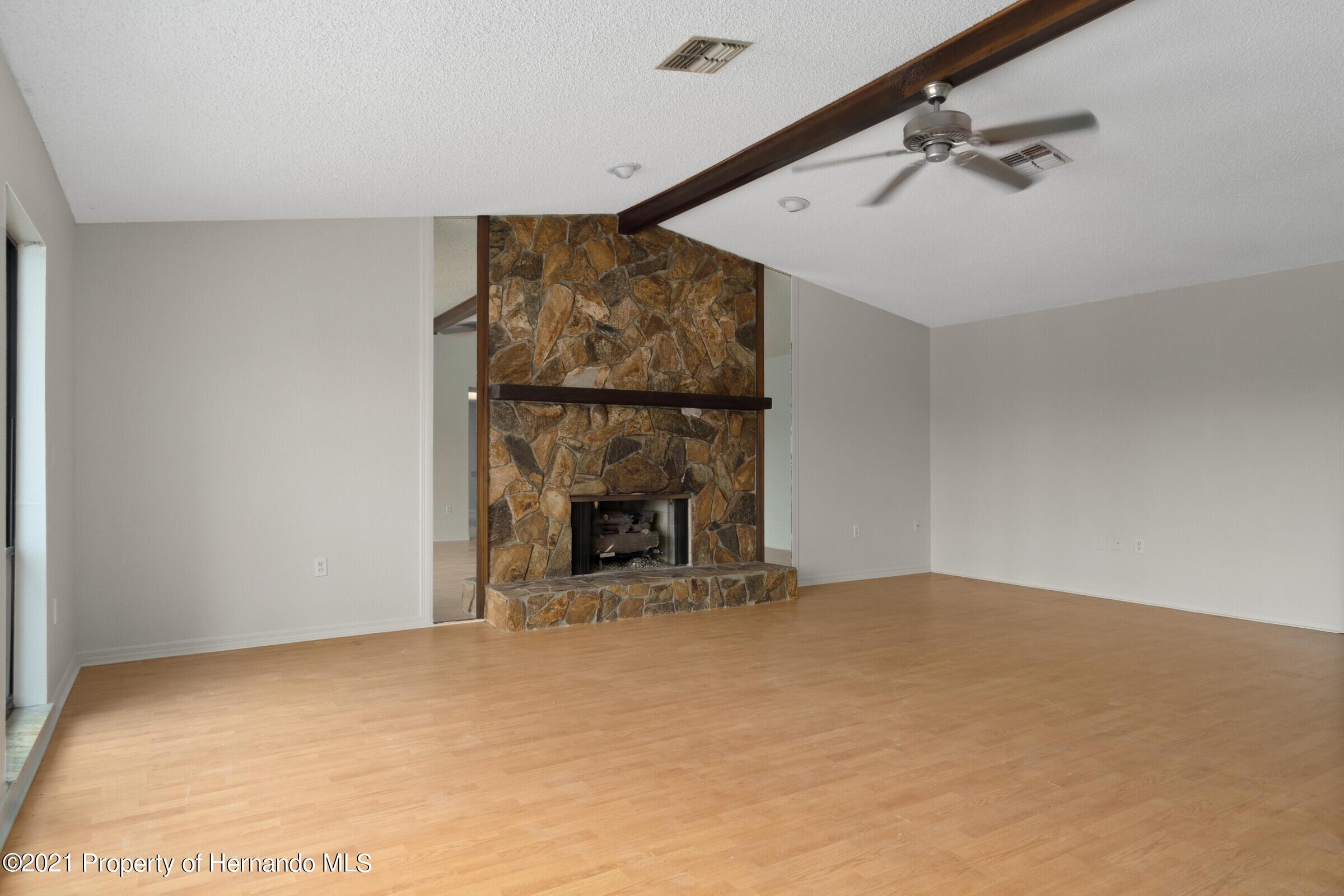 Image 3 For 2611 Glenridge Drive