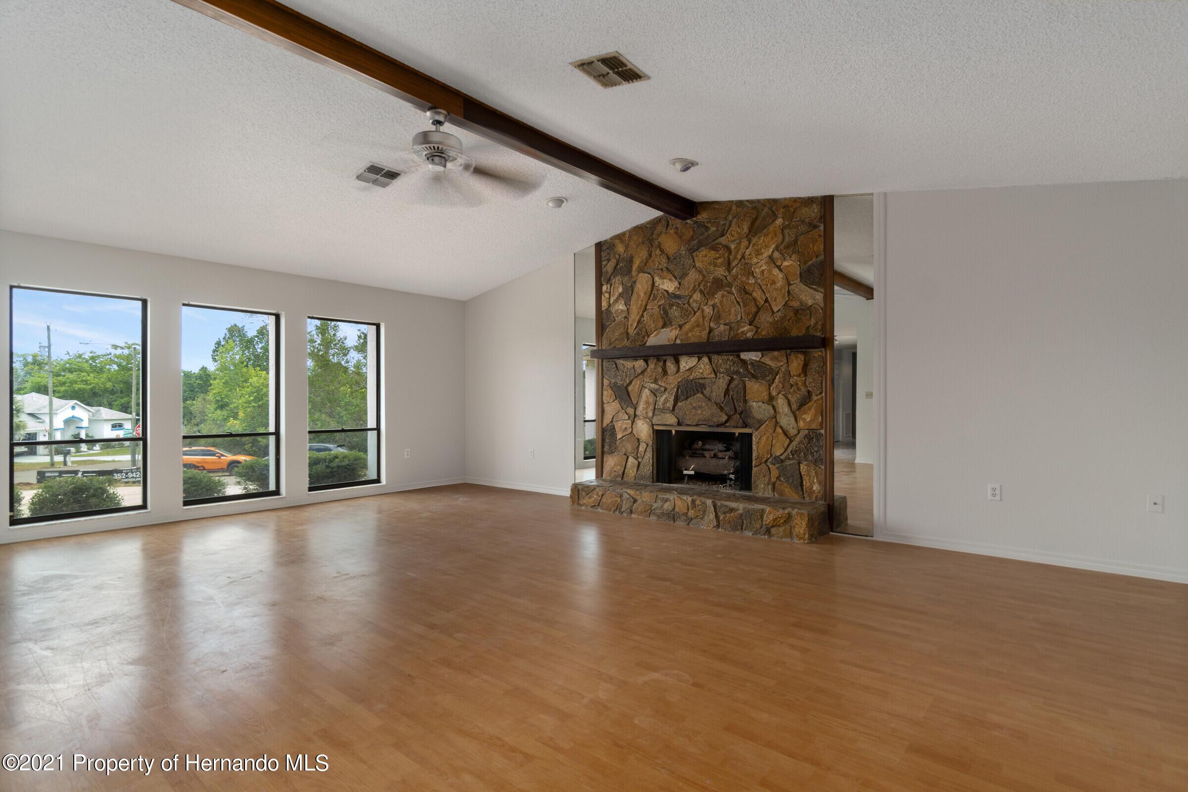 Image 4 For 2611 Glenridge Drive