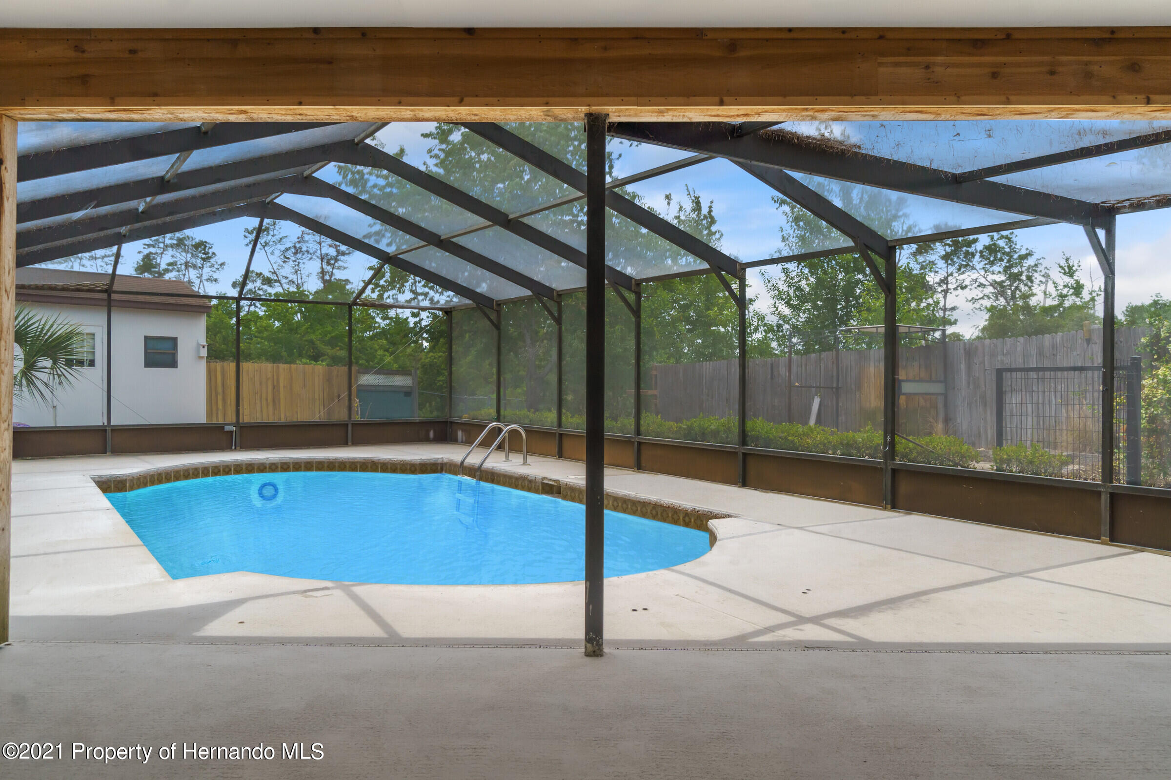 Image 22 For 2611 Glenridge Drive