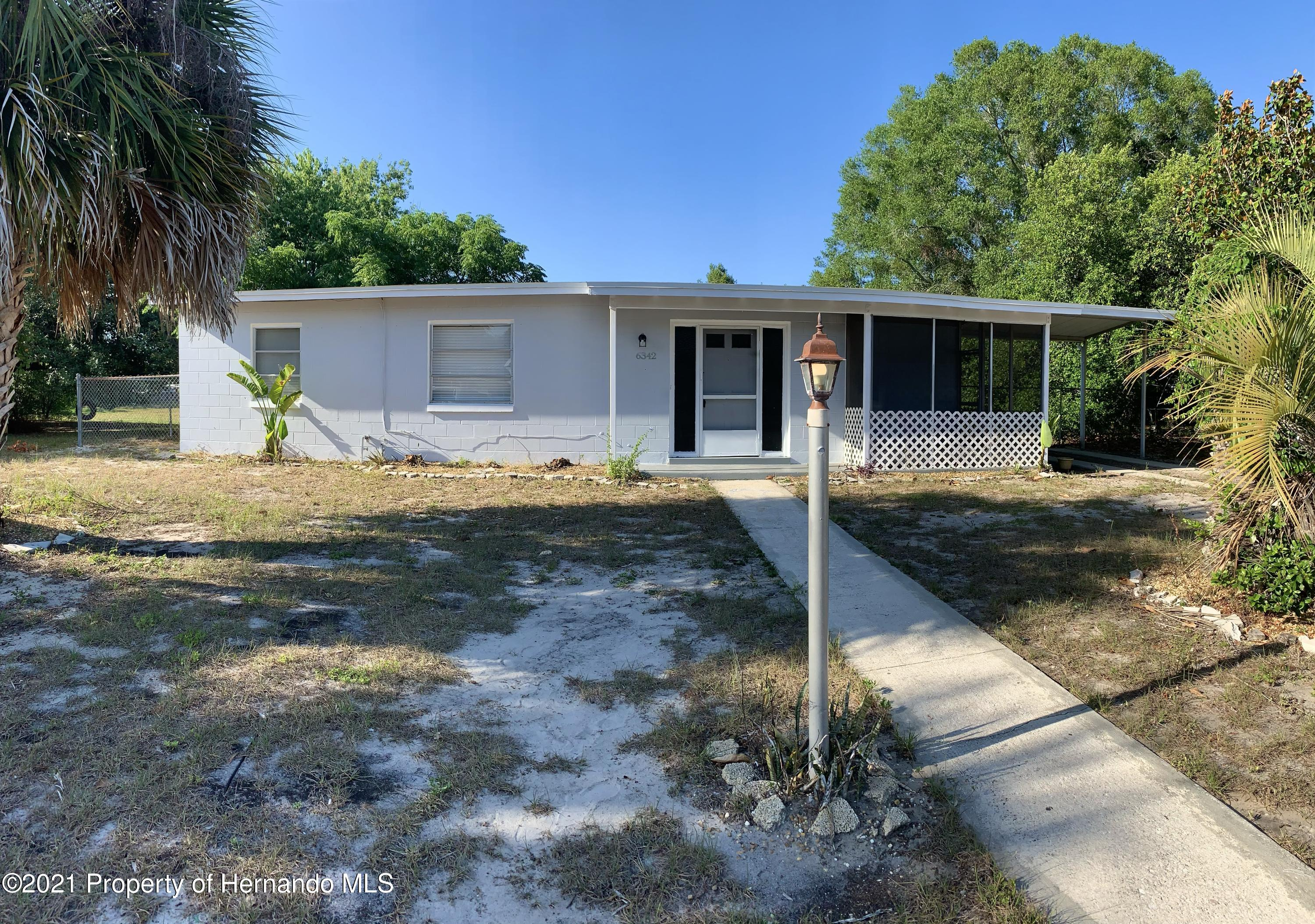 Listing photo id 33 for 6342 Talbot Circle