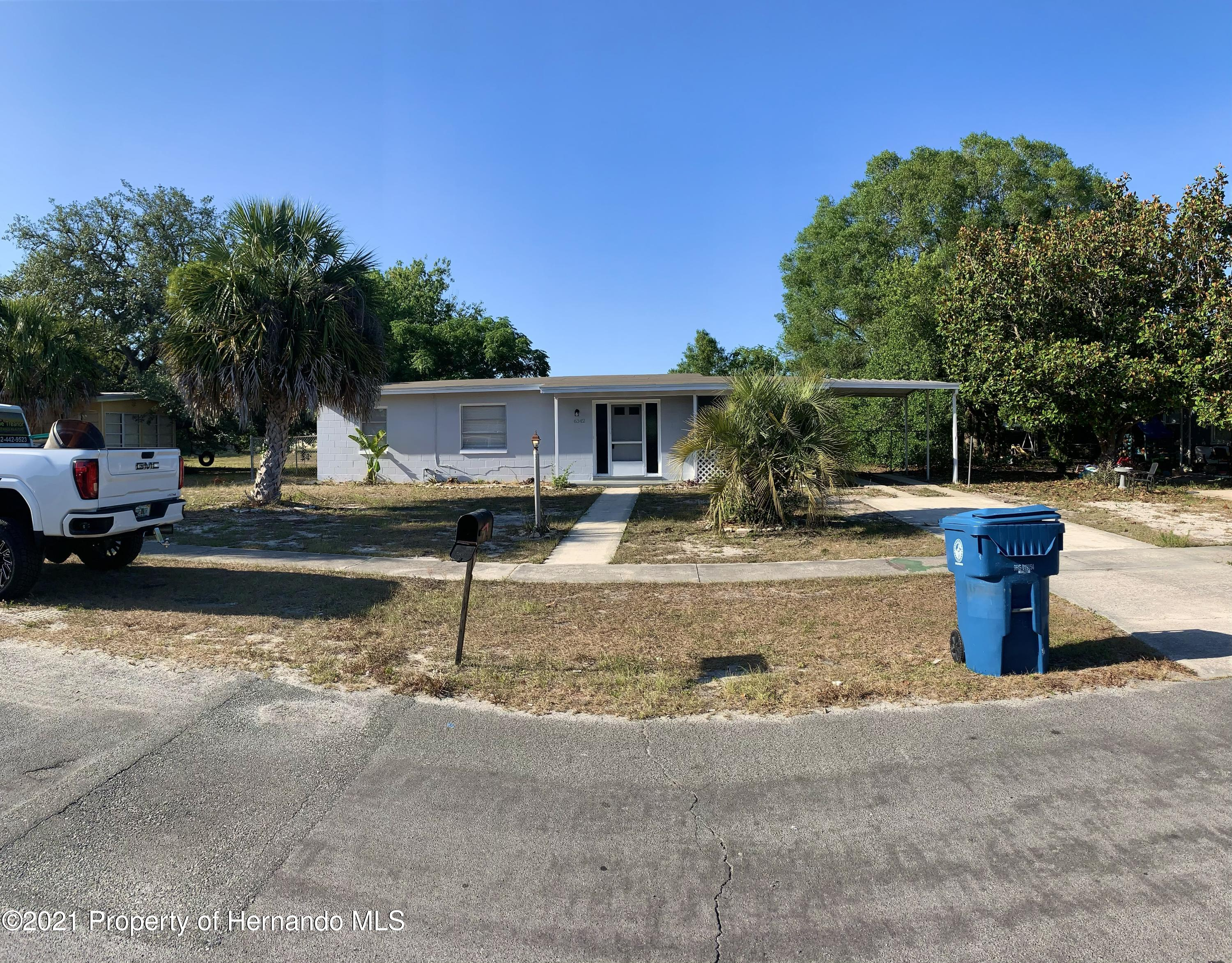 Listing photo id 34 for 6342 Talbot Circle