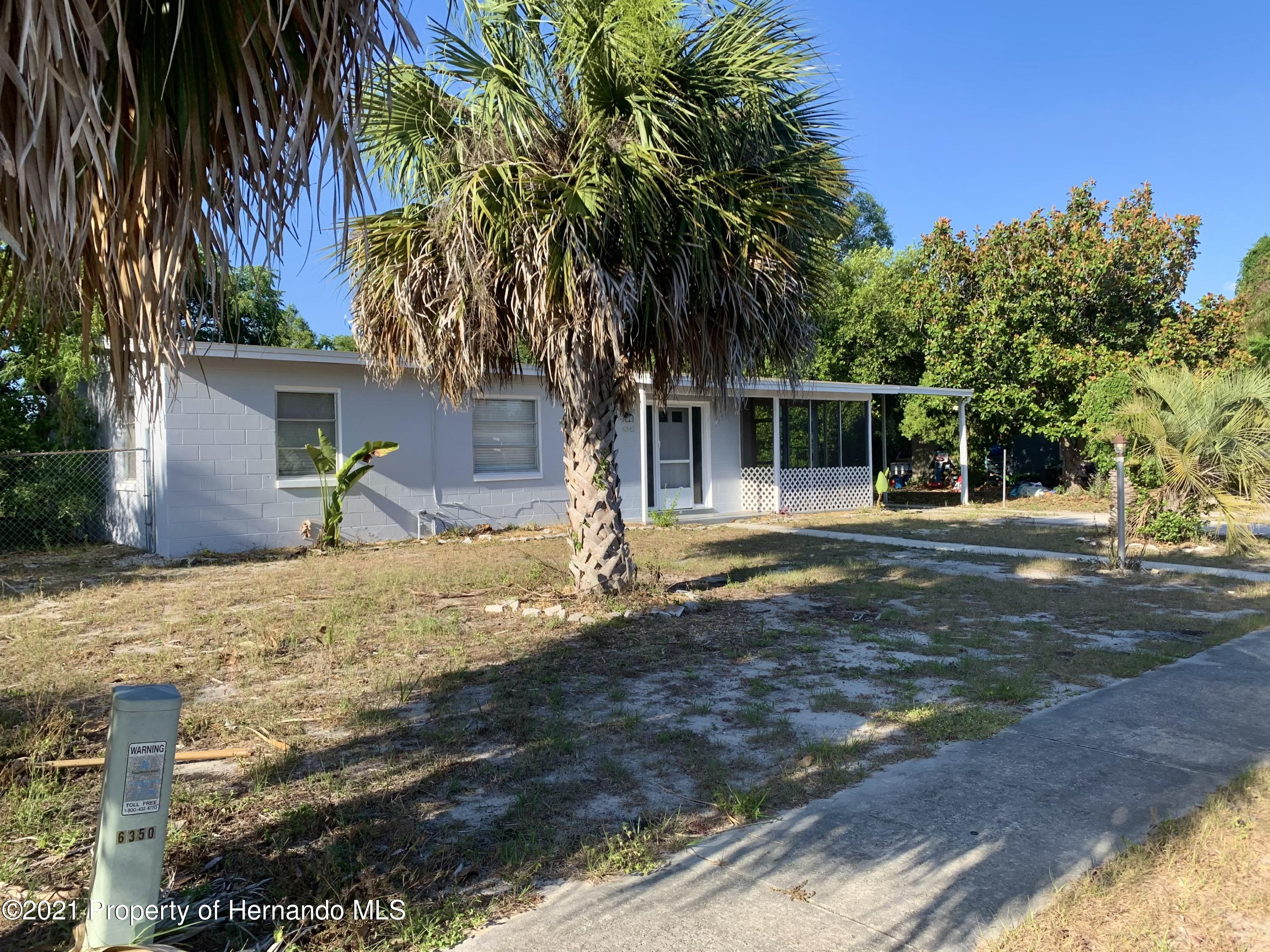 Listing photo id 35 for 6342 Talbot Circle