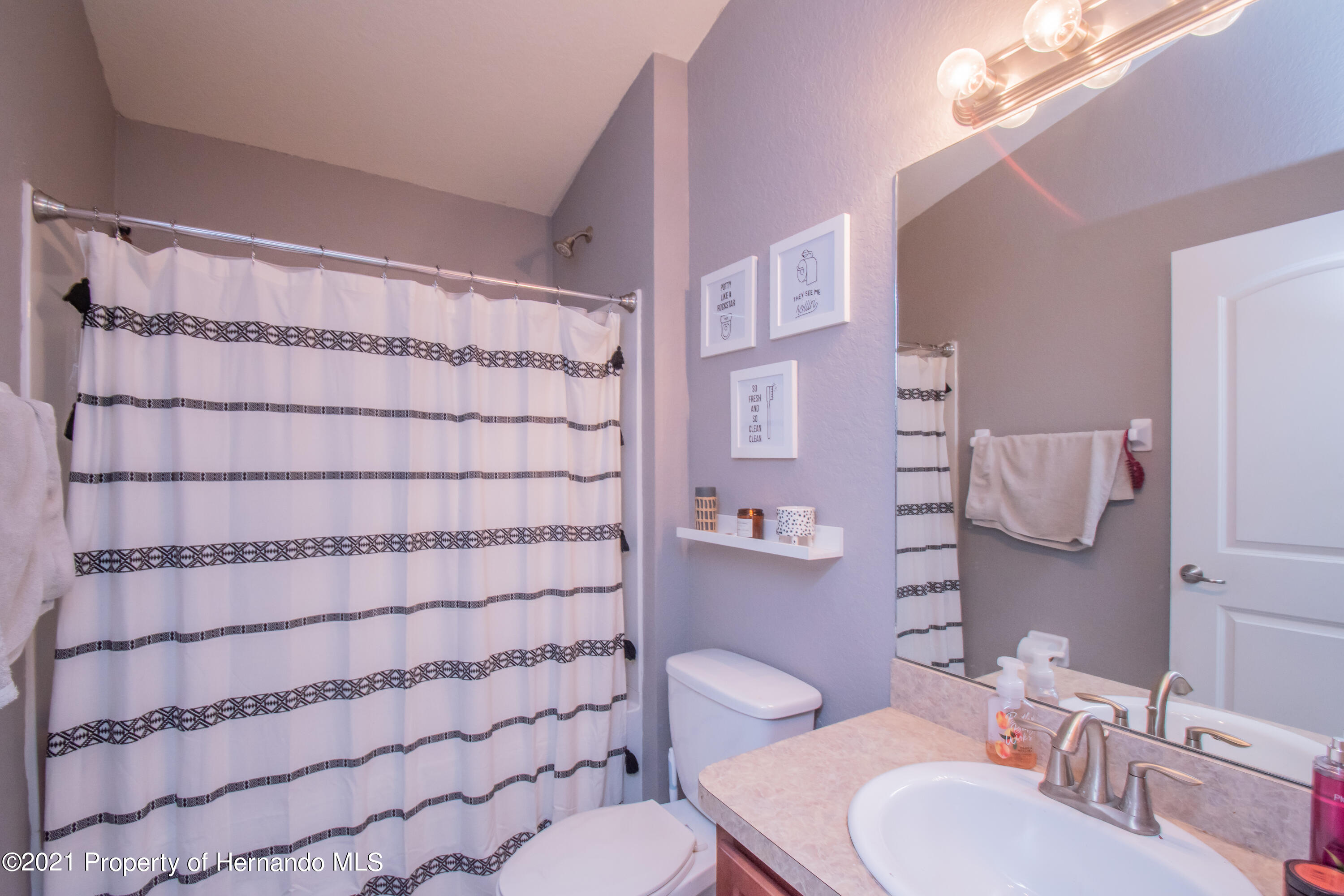 Listing photo id 30 for 31107 Water Lily Drive