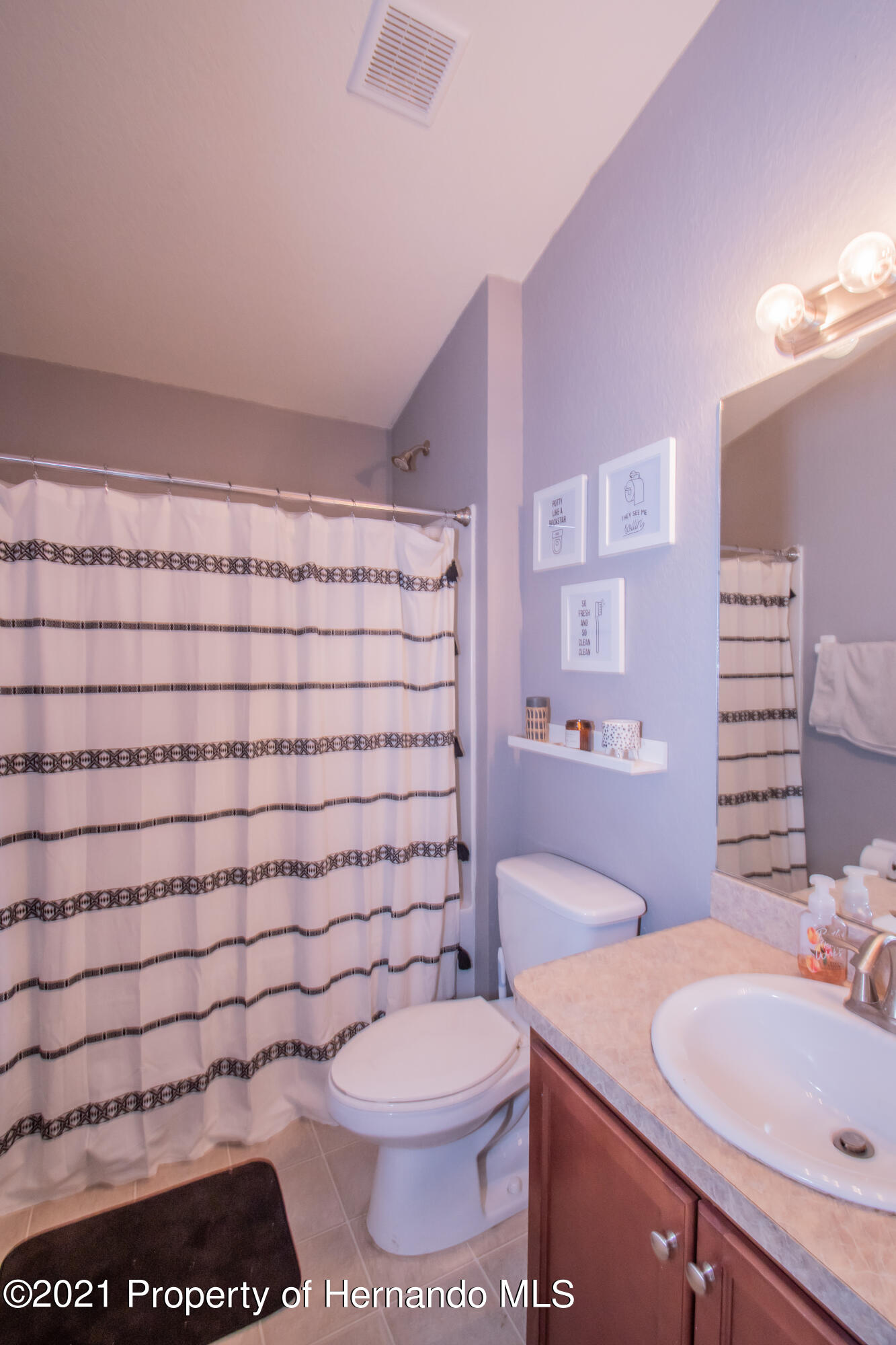 Listing photo id 29 for 31107 Water Lily Drive