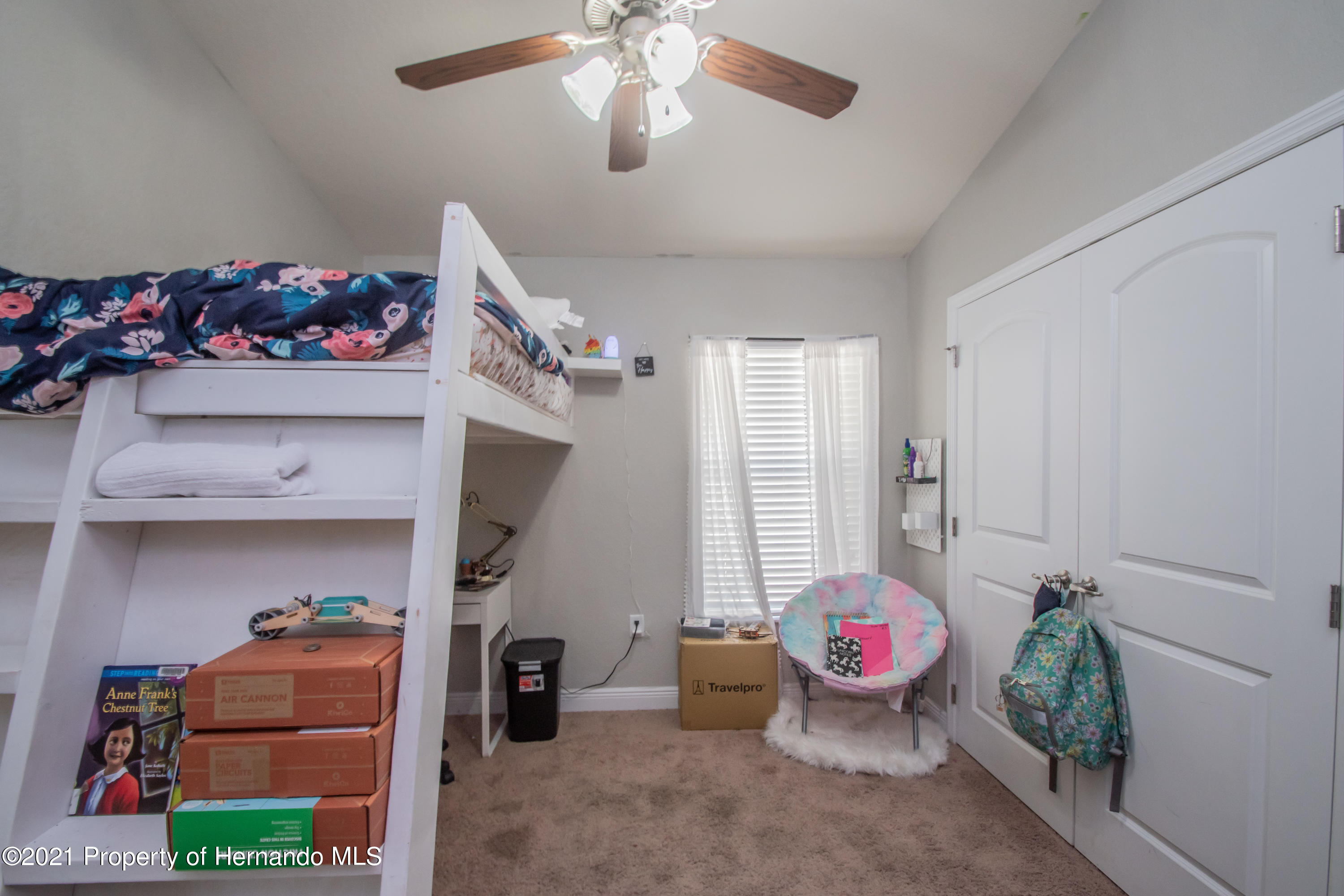 Listing photo id 28 for 31107 Water Lily Drive