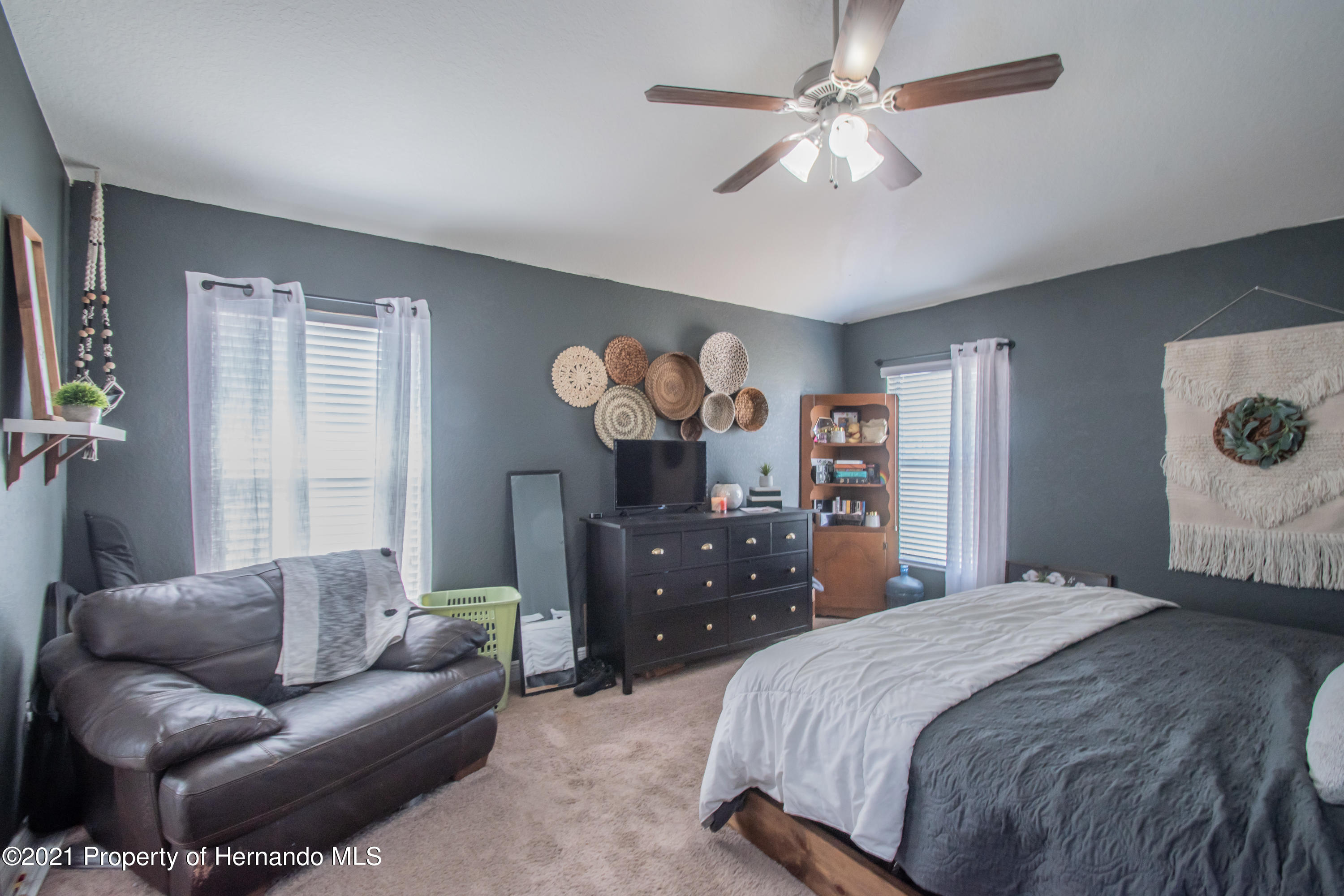 Listing photo id 19 for 31107 Water Lily Drive