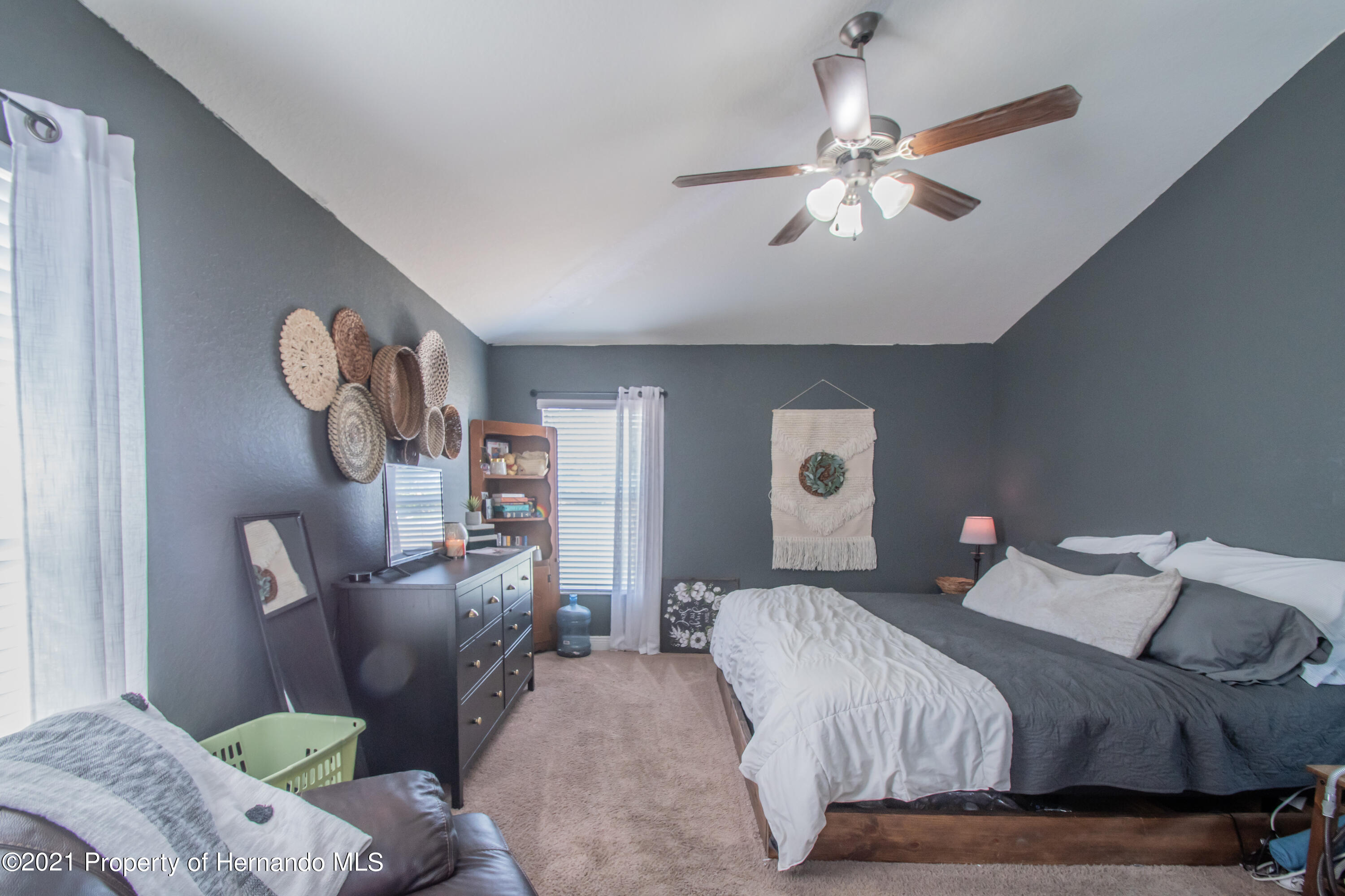 Listing photo id 20 for 31107 Water Lily Drive