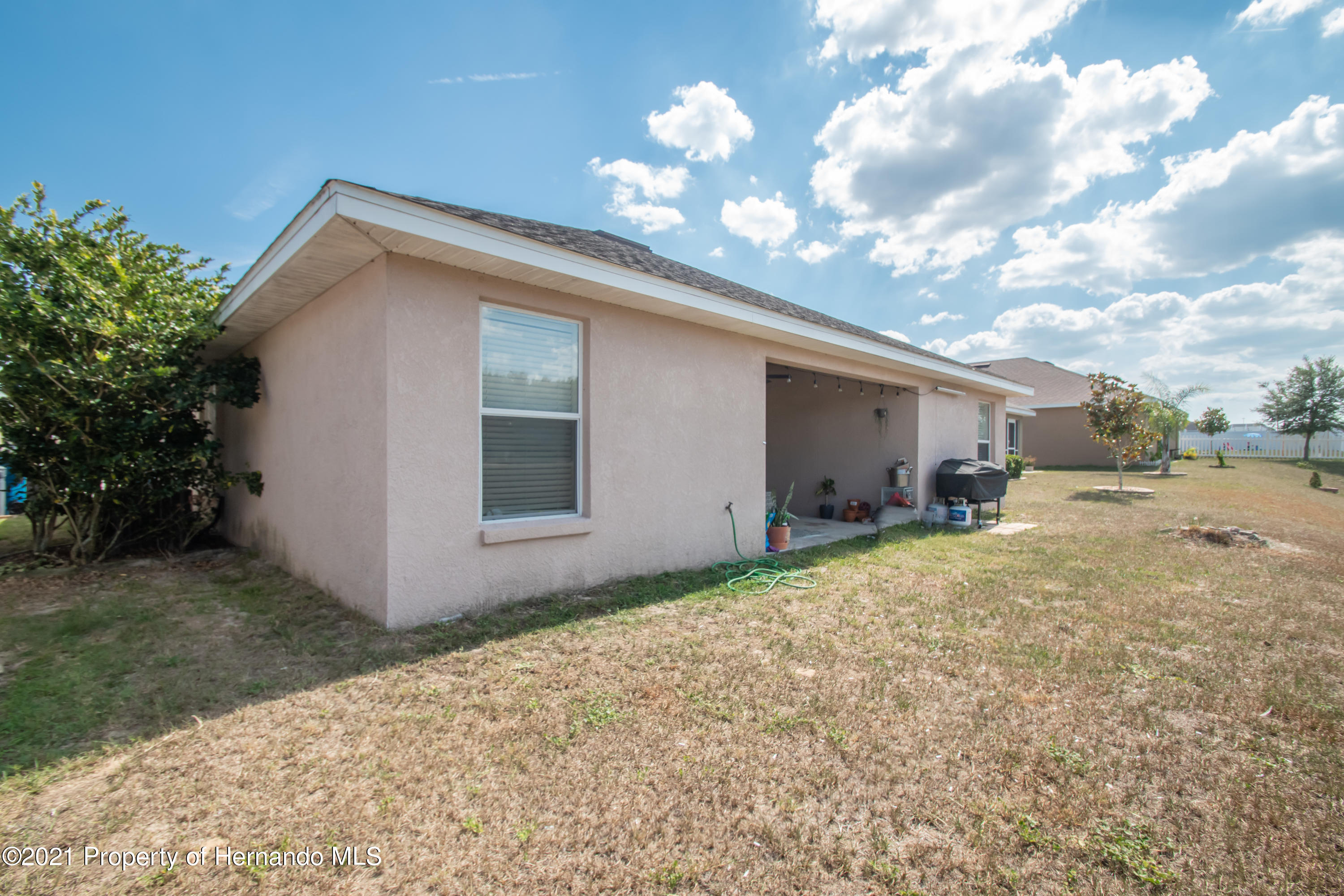 Listing photo id 35 for 31107 Water Lily Drive