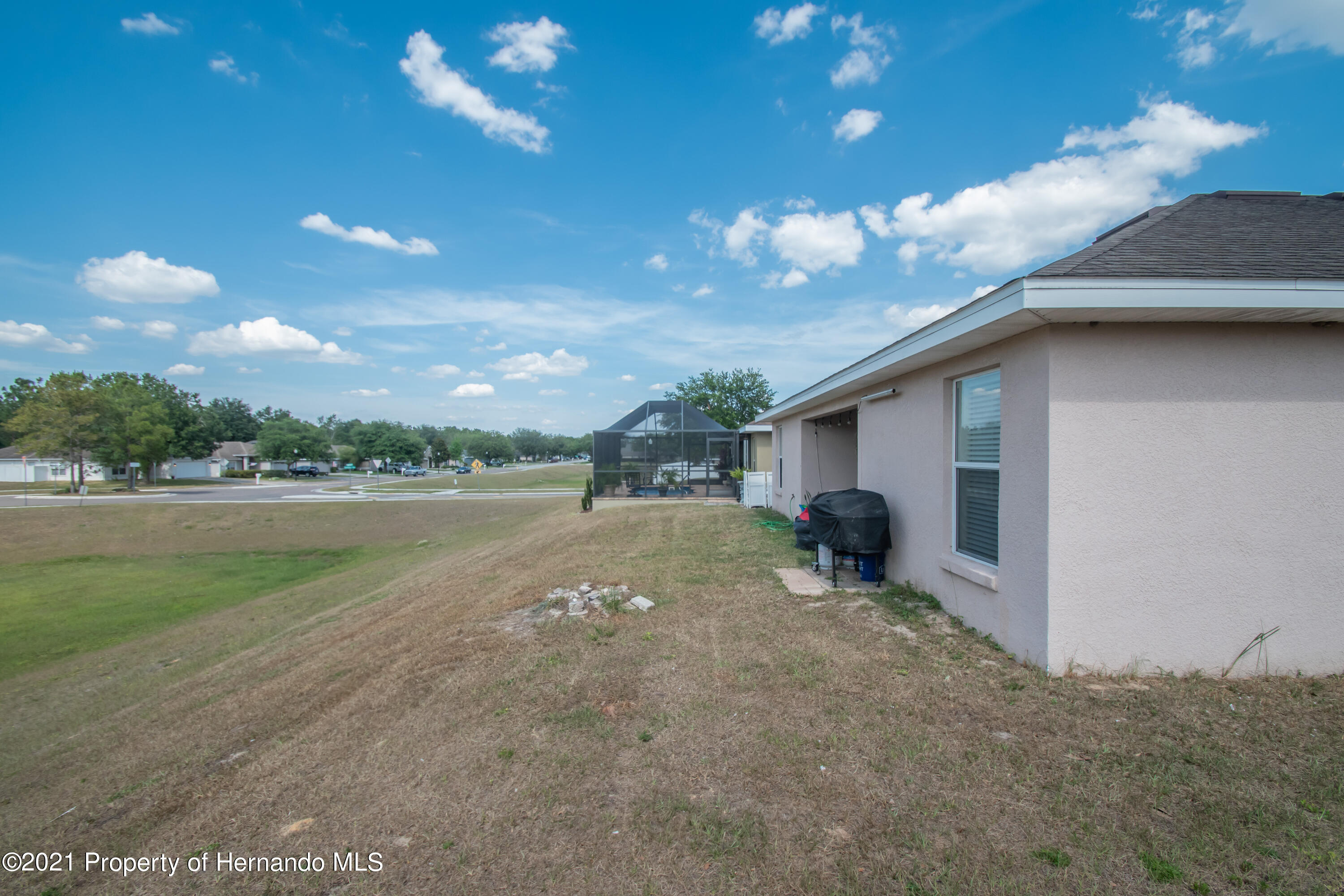 Listing photo id 38 for 31107 Water Lily Drive