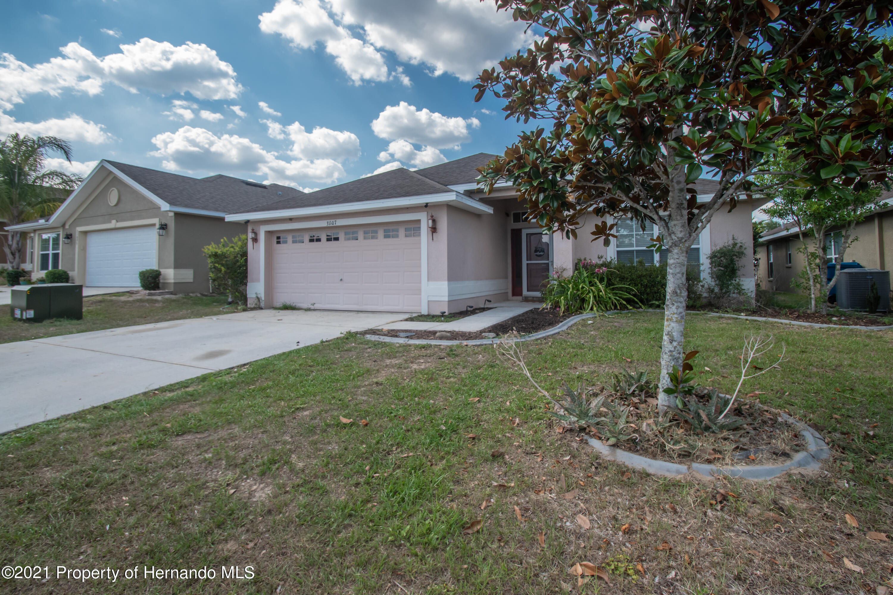 Listing photo id 39 for 31107 Water Lily Drive