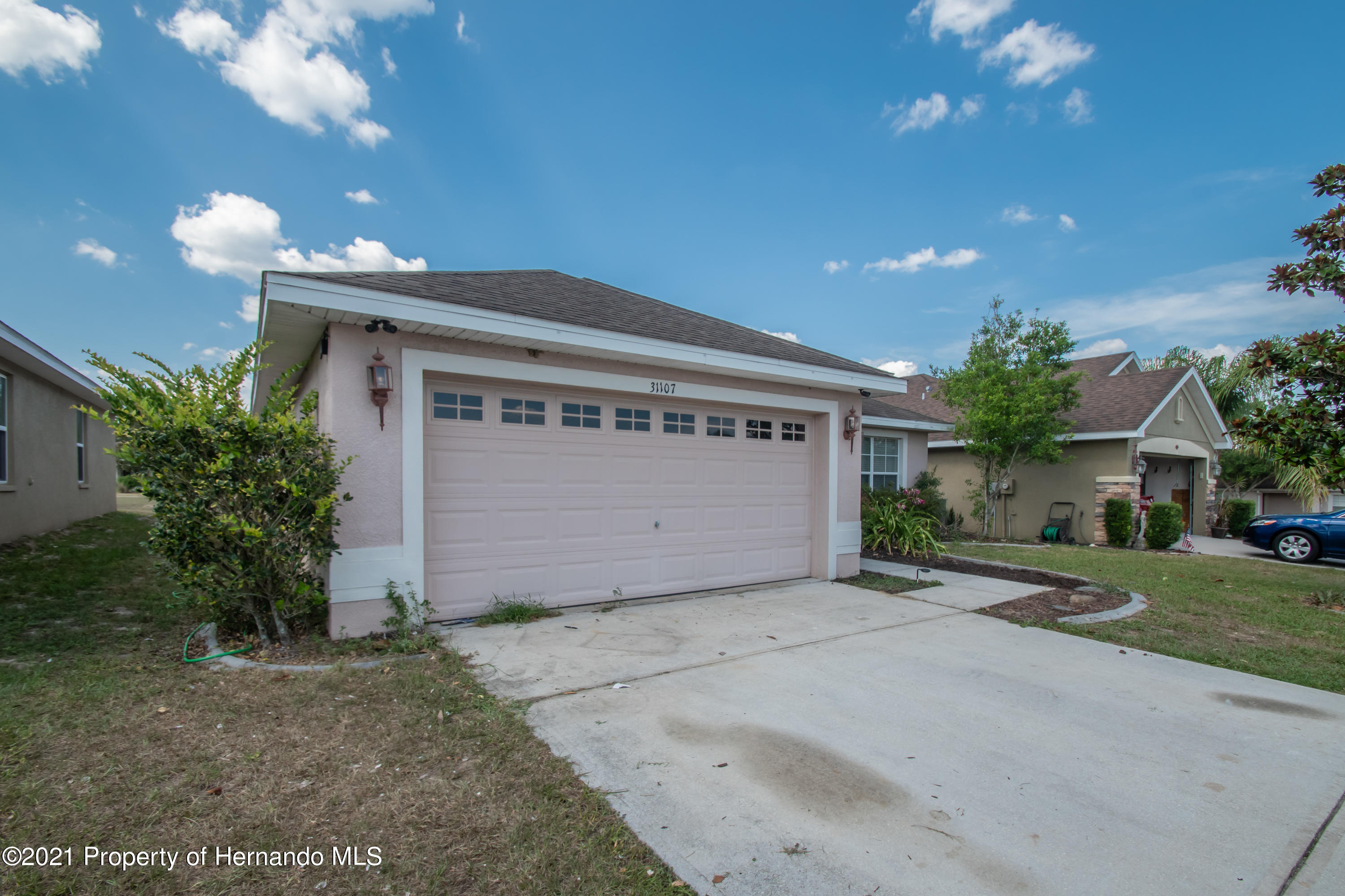 Listing photo id 40 for 31107 Water Lily Drive