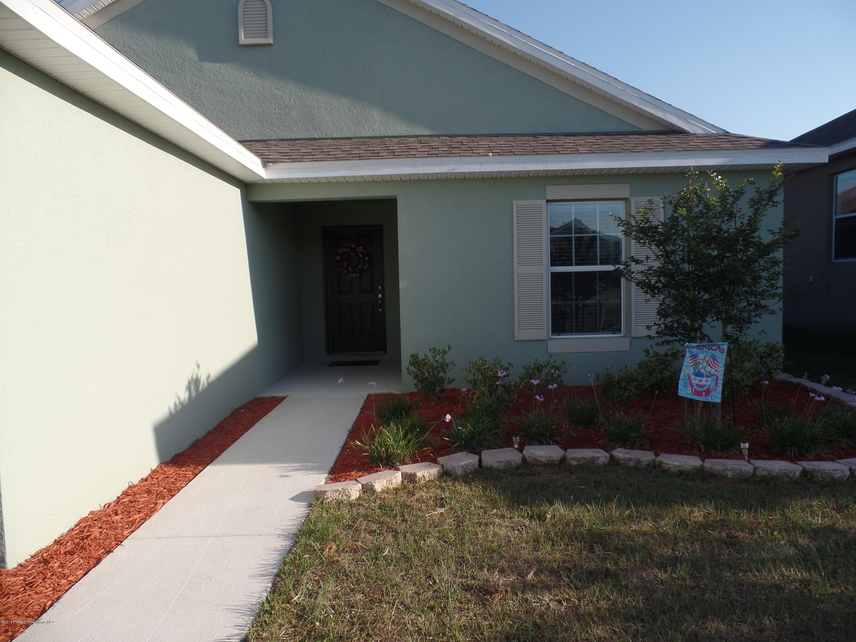 Listing photo id 2 for 30808 Water Lily Drive