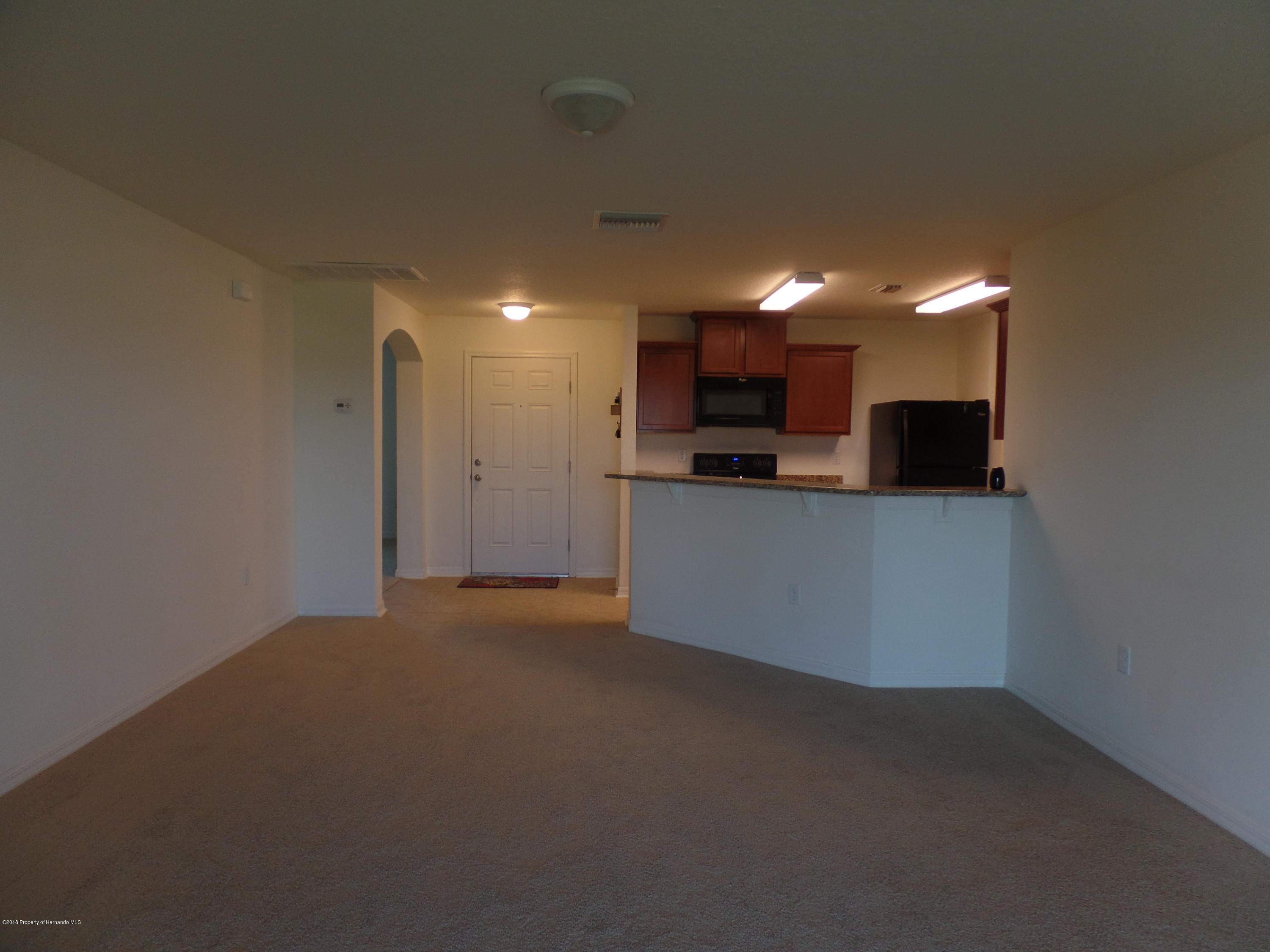 Listing photo id 3 for 30808 Water Lily Drive