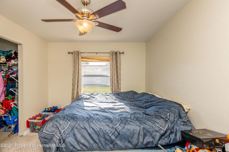 Image 40 For 6104 Kinlock Avenue