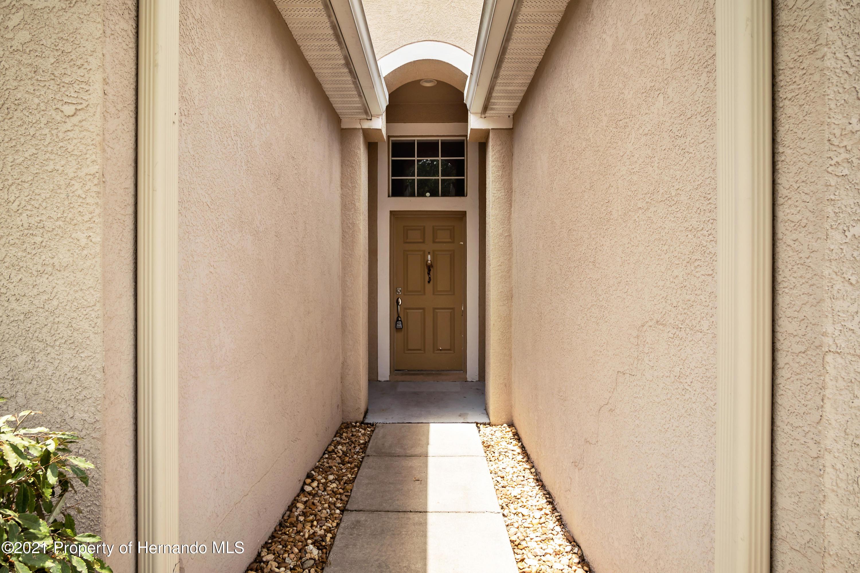 Image 7 For 8769 Fetterbush Court