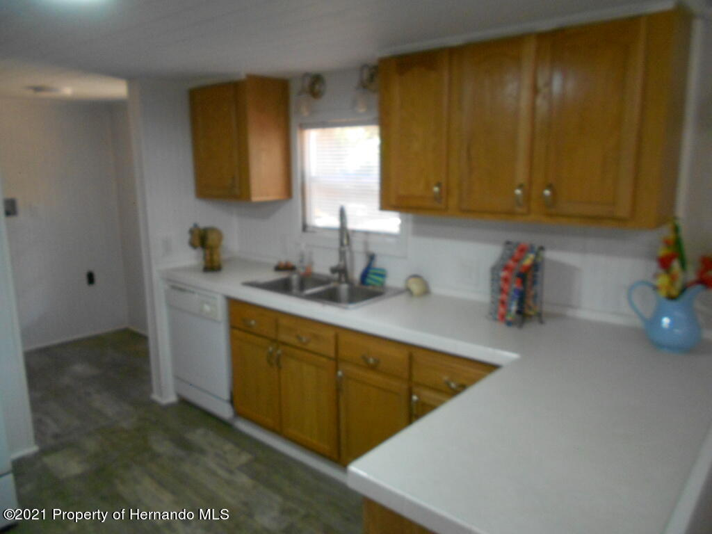 Listing photo id 6 for 16197 Appennine Drive