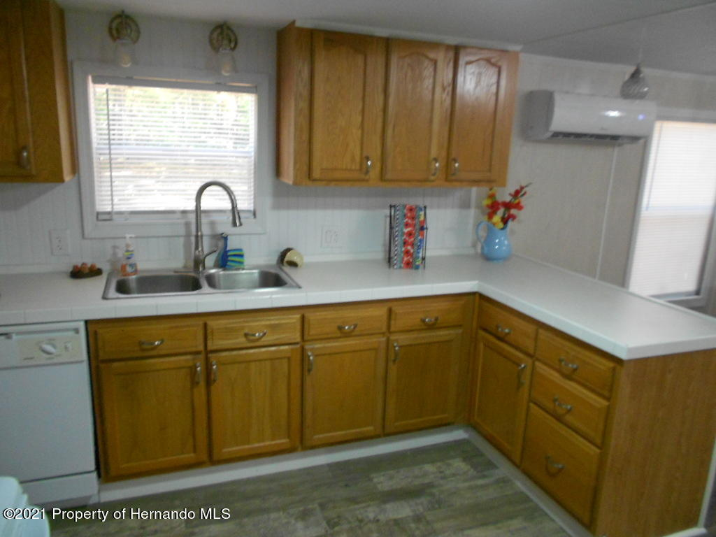 Listing photo id 7 for 16197 Appennine Drive
