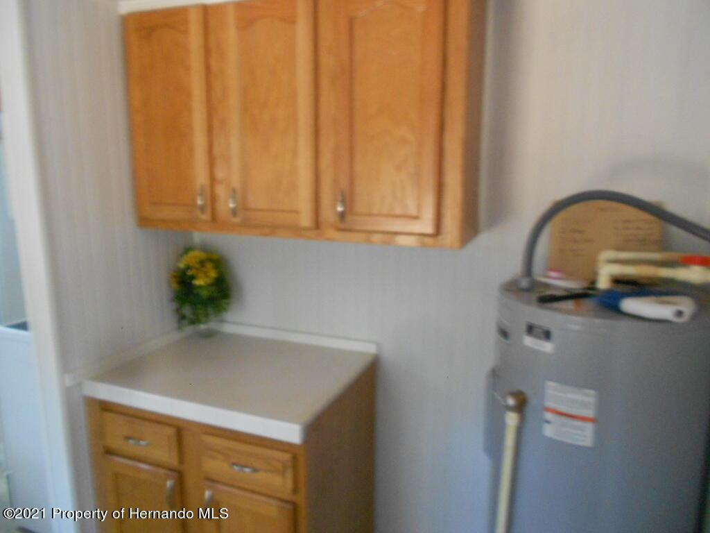 Listing photo id 20 for 16197 Appennine Drive