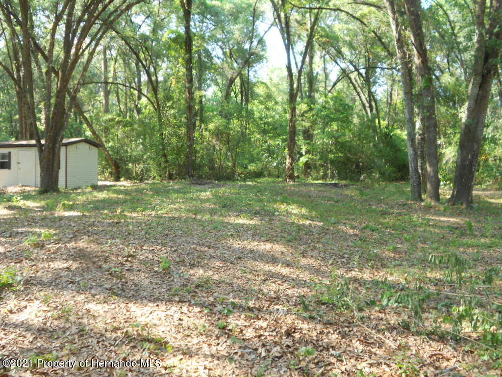 Listing photo id 27 for 16197 Appennine Drive