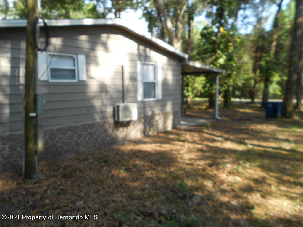 Listing photo id 33 for 16197 Appennine Drive