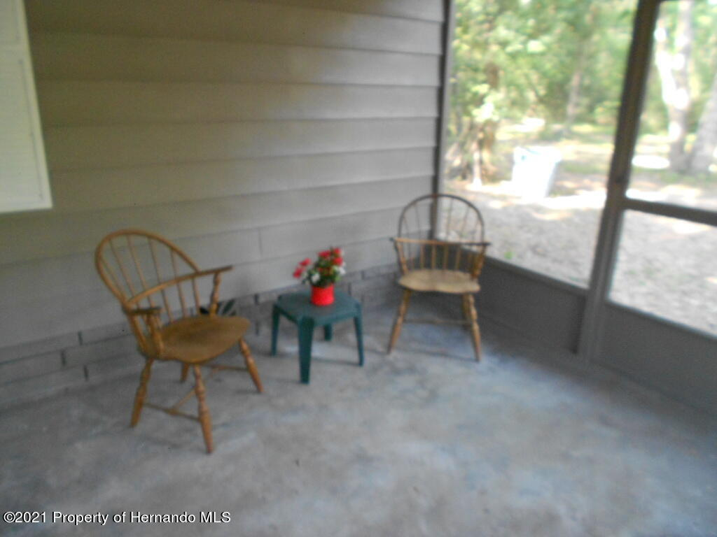 Listing photo id 35 for 16197 Appennine Drive