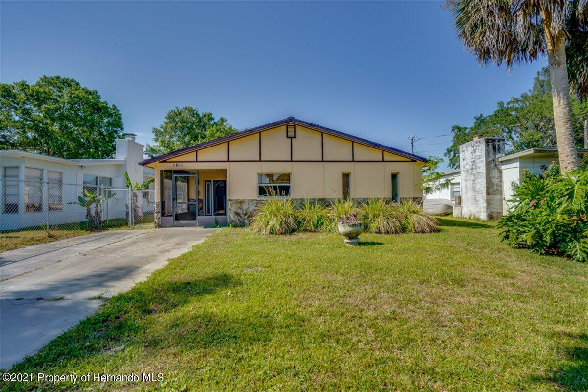 Listing photo id 40 for 3186 Gulf Drive