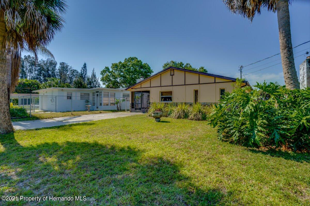 Listing photo id 38 for 3186 Gulf Drive