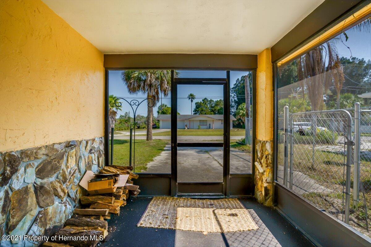 Listing photo id 4 for 3186 Gulf Drive