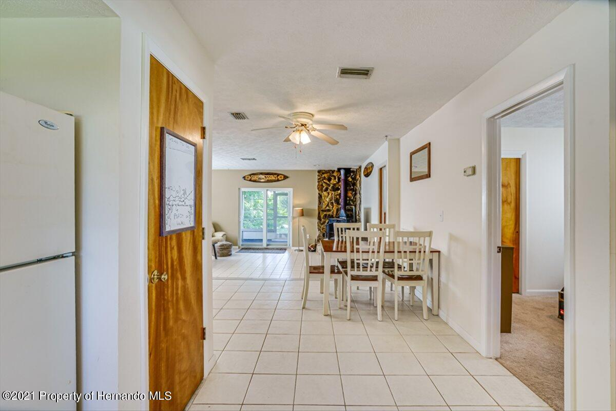 Listing photo id 16 for 3186 Gulf Drive