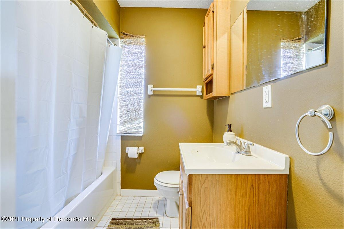 Listing photo id 25 for 3186 Gulf Drive