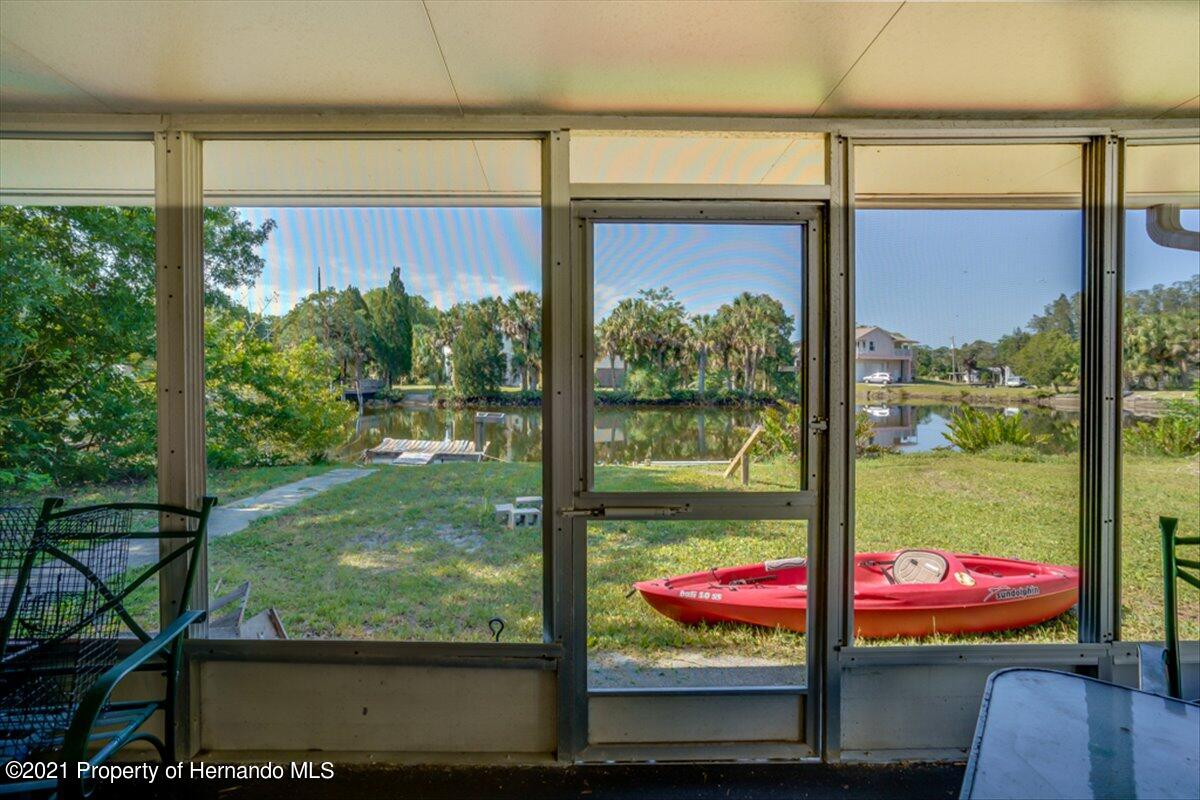 Listing photo id 31 for 3186 Gulf Drive