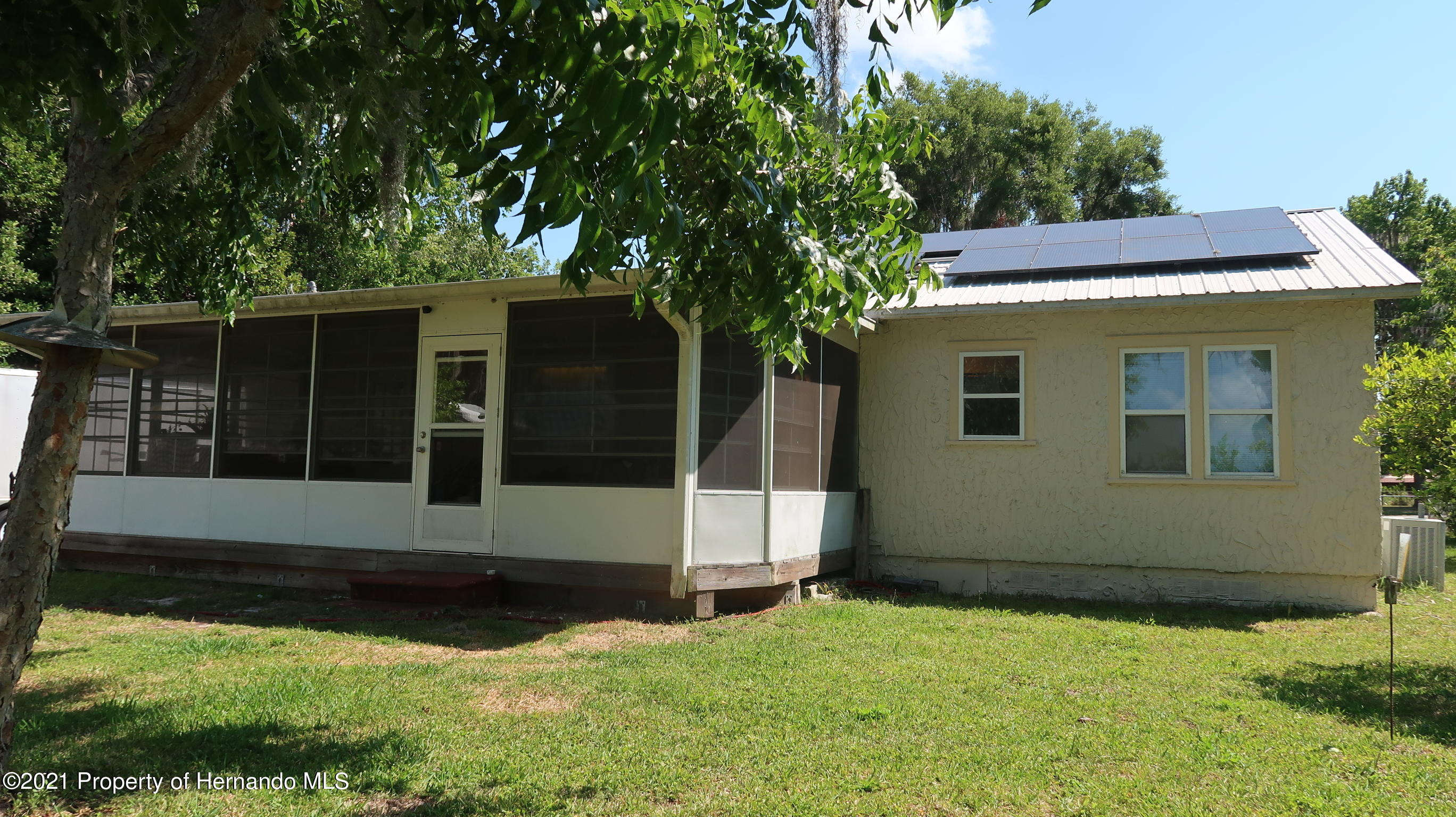 Listing photo id 20 for 7939 W Riverbend Road