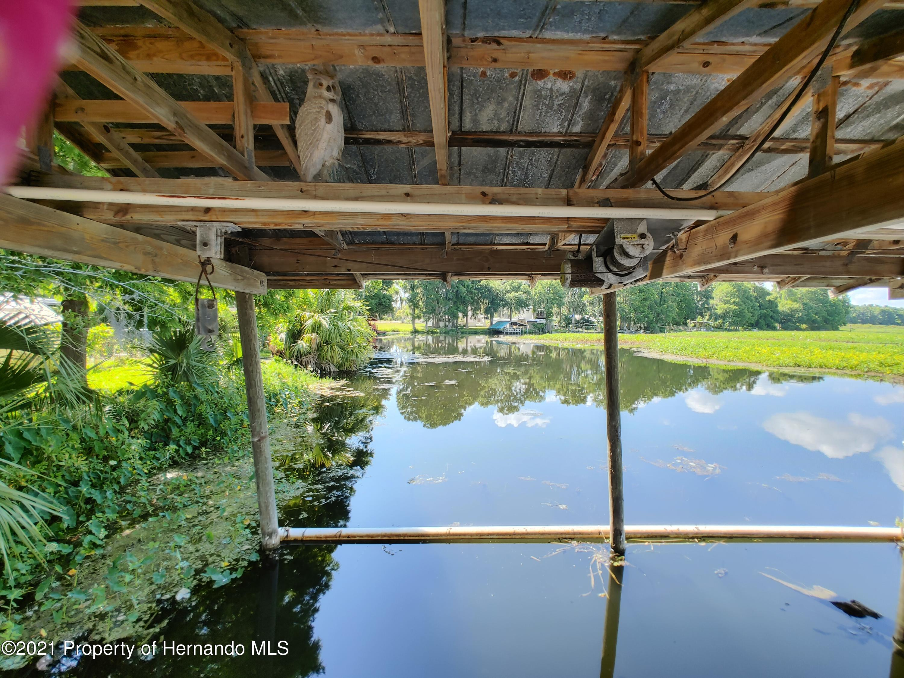 Listing photo id 37 for 7939 W Riverbend Road