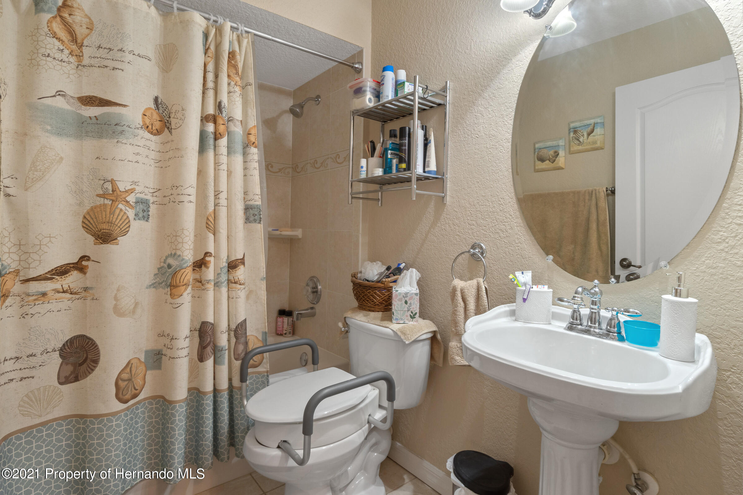 Listing photo id 17 for 5186 Roble Avenue