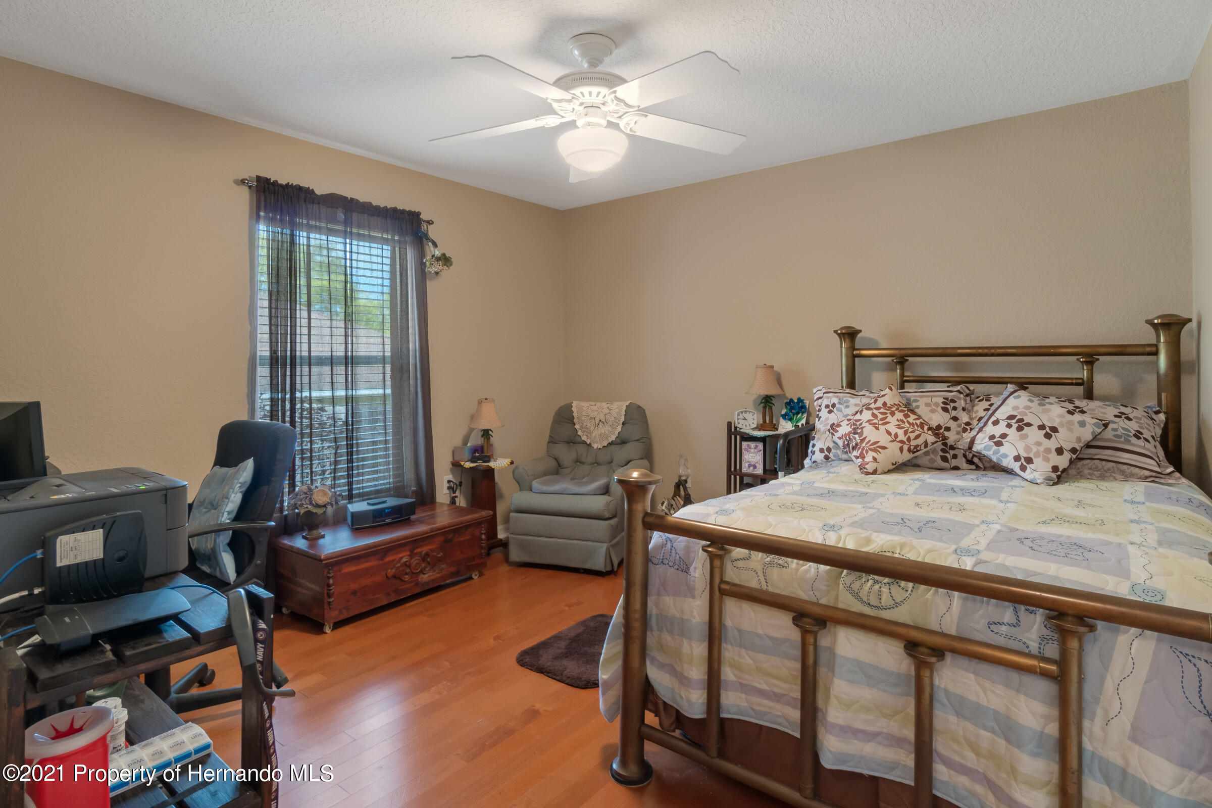 Listing photo id 18 for 5186 Roble Avenue