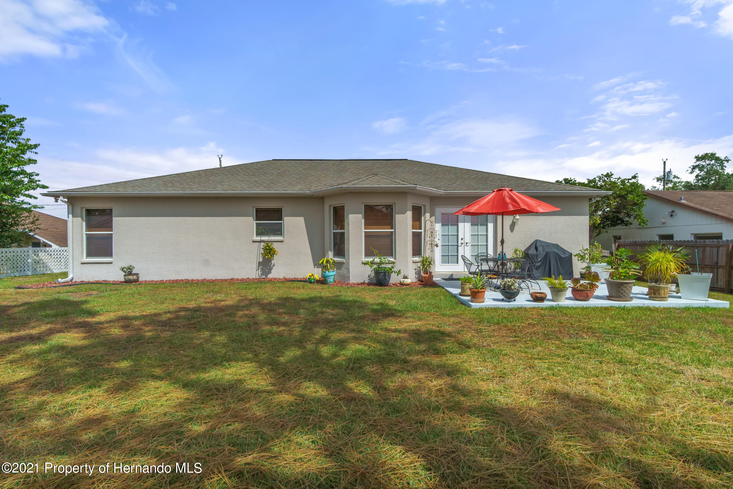 Listing photo id 23 for 5186 Roble Avenue