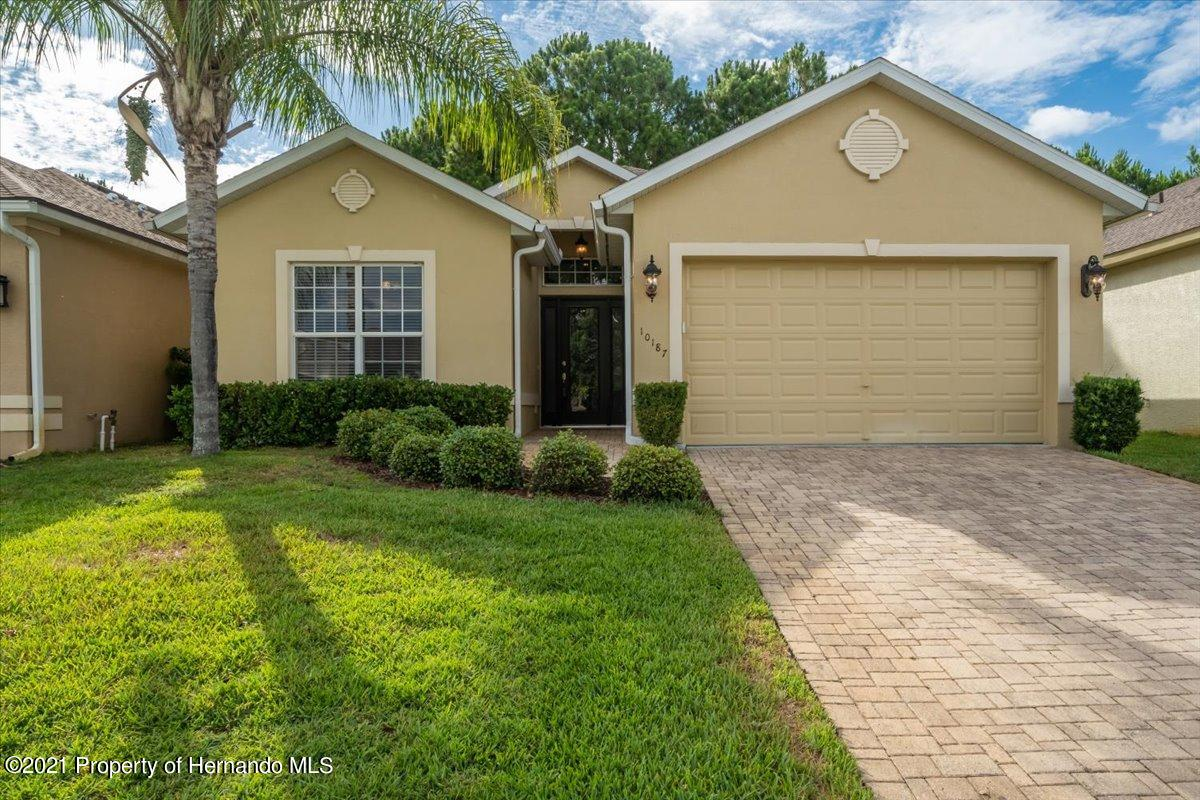 Listing Details for 10187 Holly Berry Drive, Weeki Wachee, FL 34613