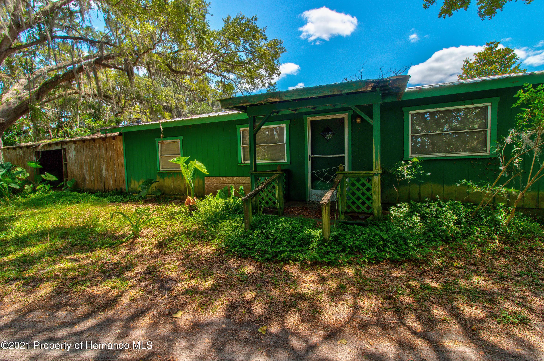 Listing photo id 53 for 16200 Honeybee Lane