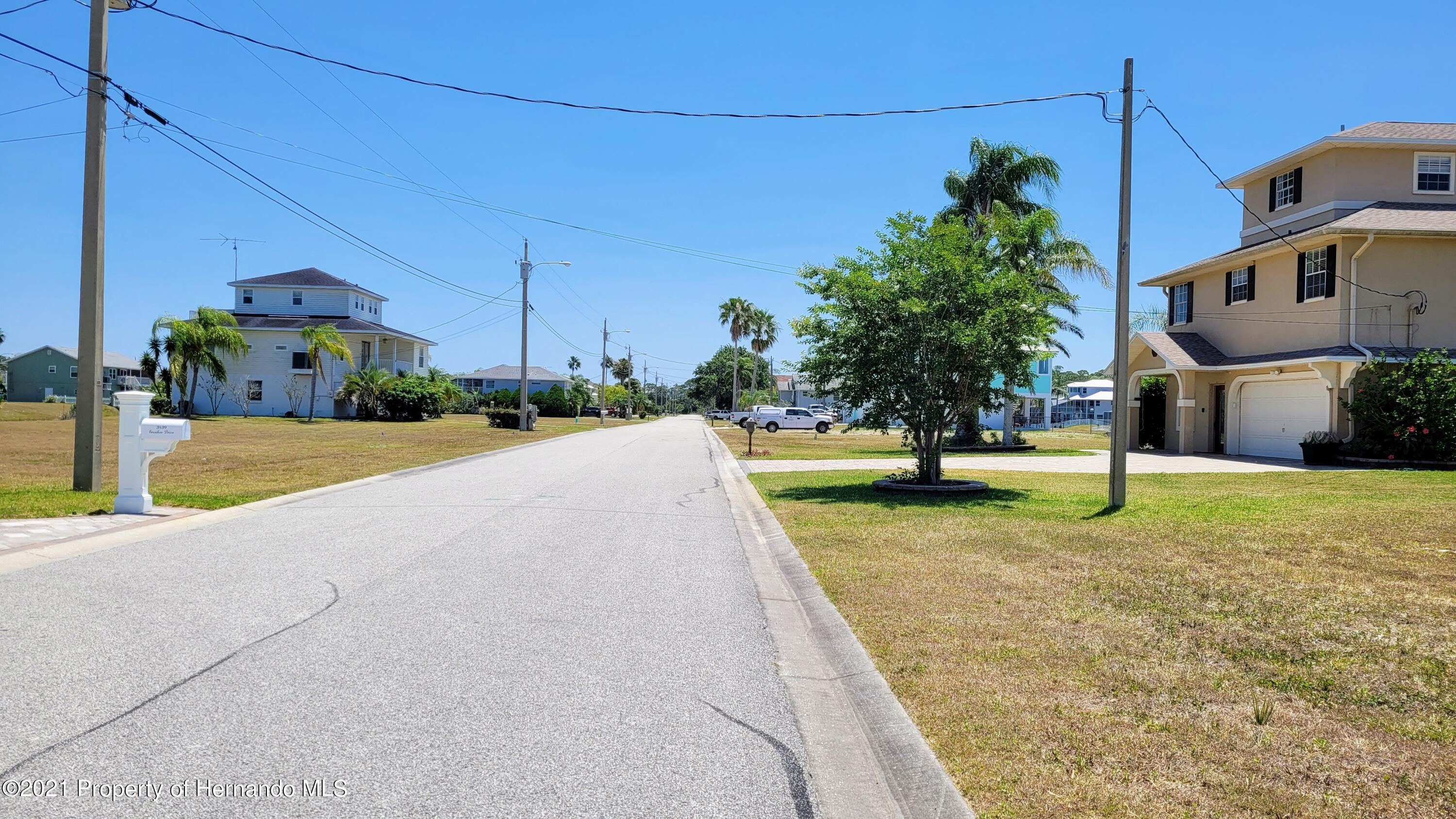 Listing photo id 9 for 0 Croaker Drive
