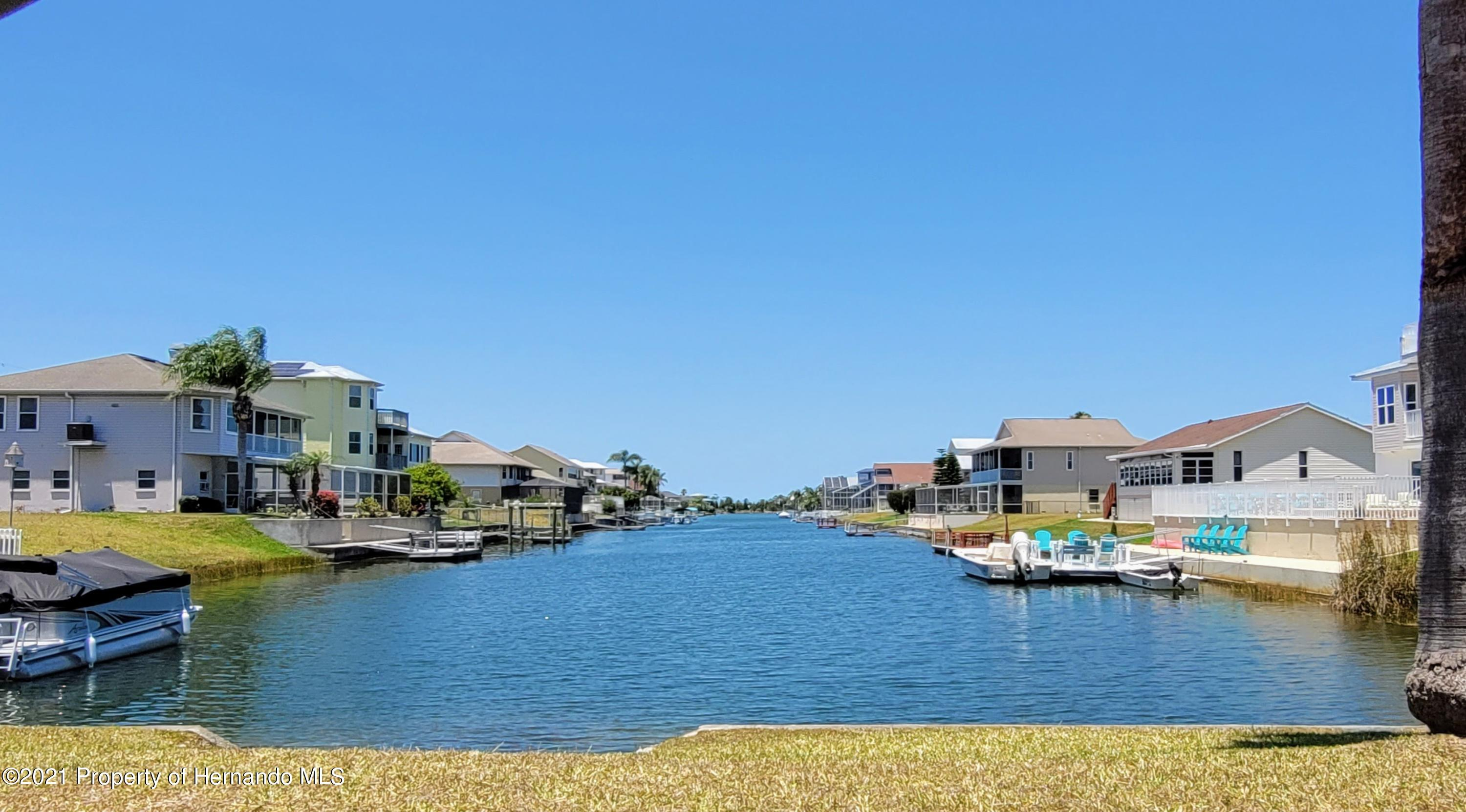 Listing photo id 11 for 0 Croaker Drive