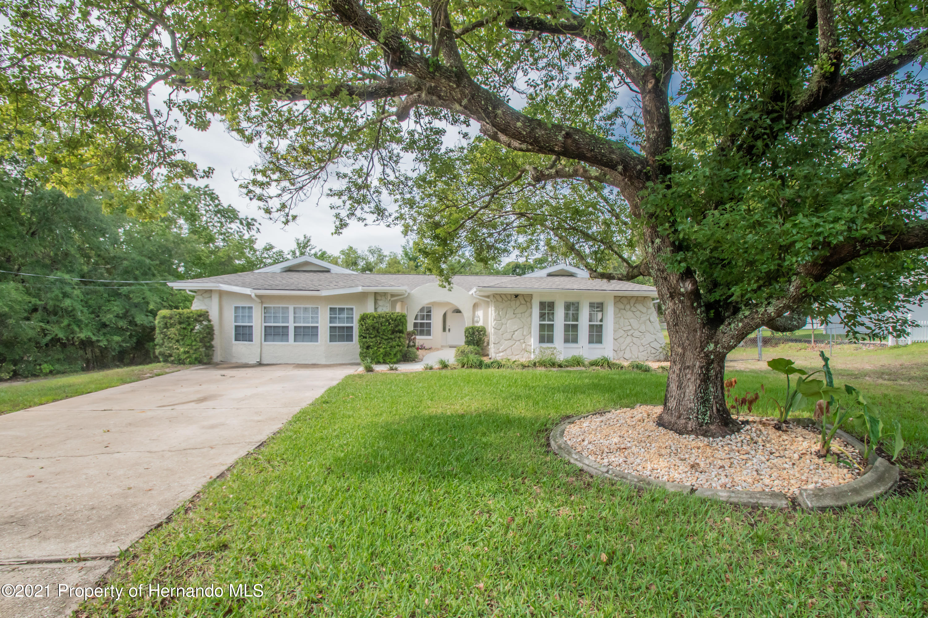 Details for 2094 Finland Drive, Spring Hill, FL 34609