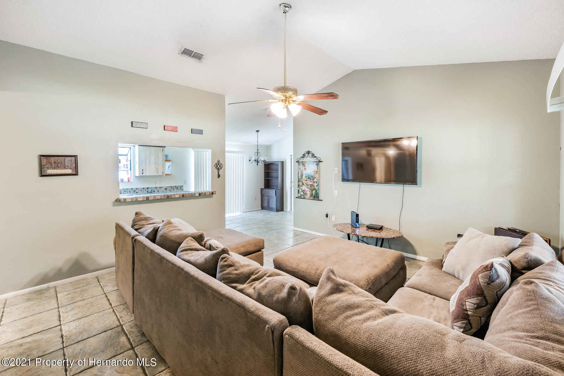 Image 3 For 15491 Arvin Drive