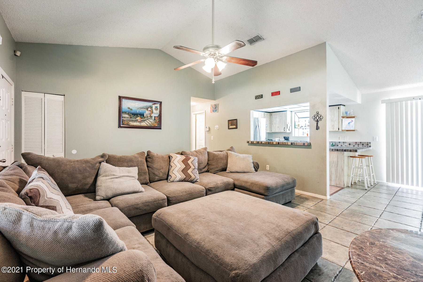 Image 5 For 15491 Arvin Drive
