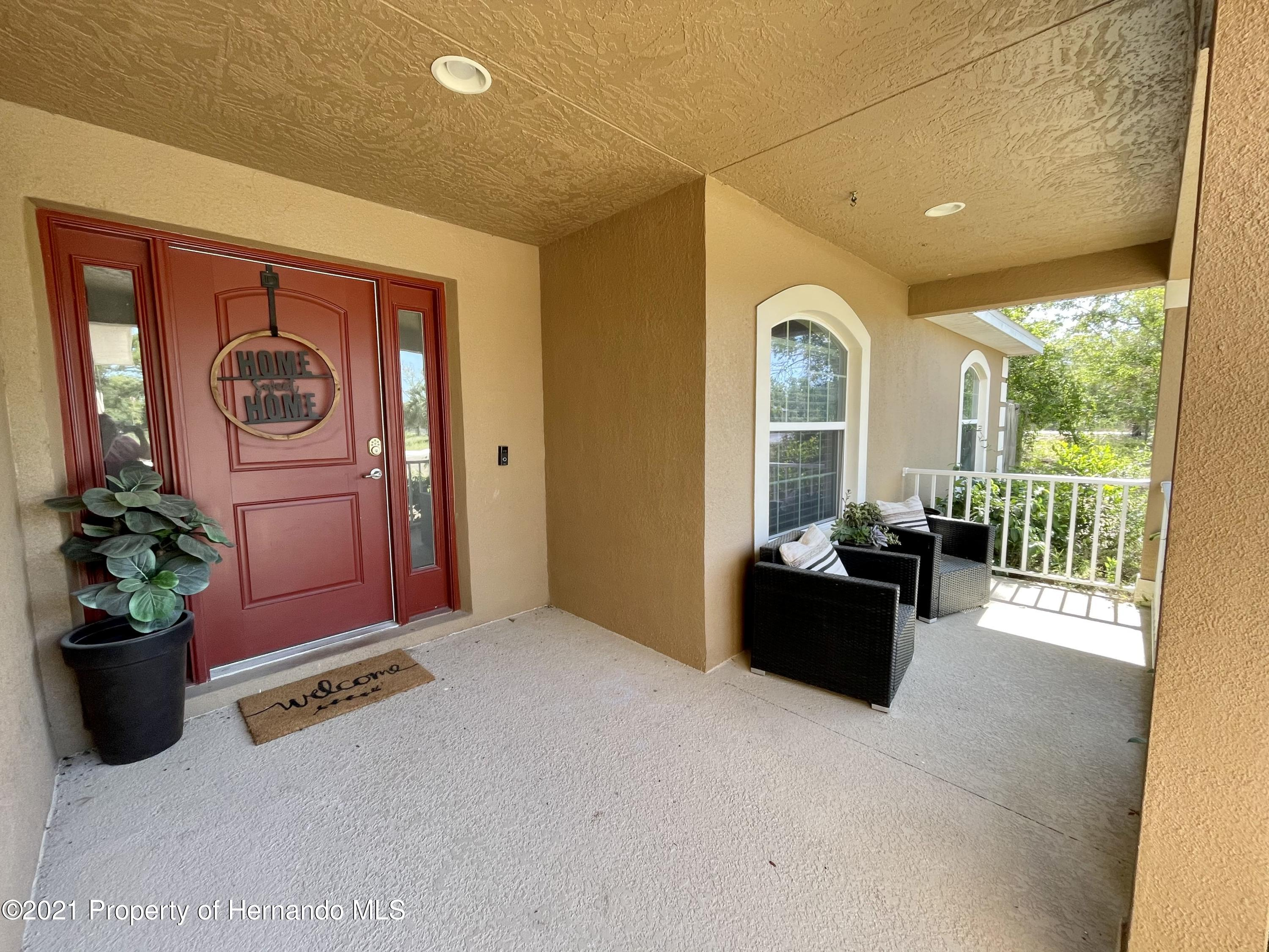 Listing photo id 2 for 13076 Nusser Avenue