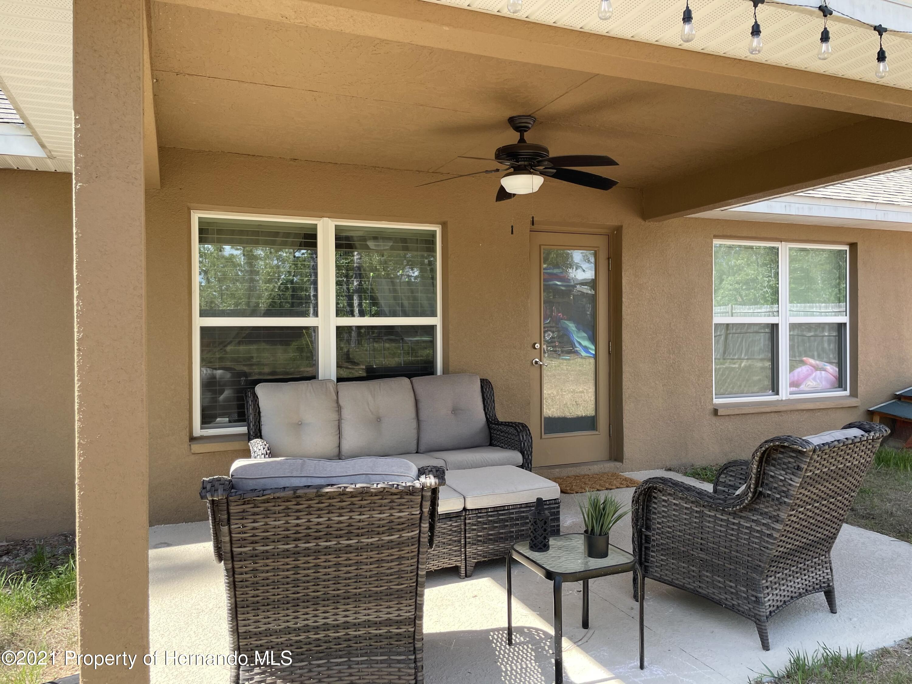 Listing photo id 22 for 13076 Nusser Avenue